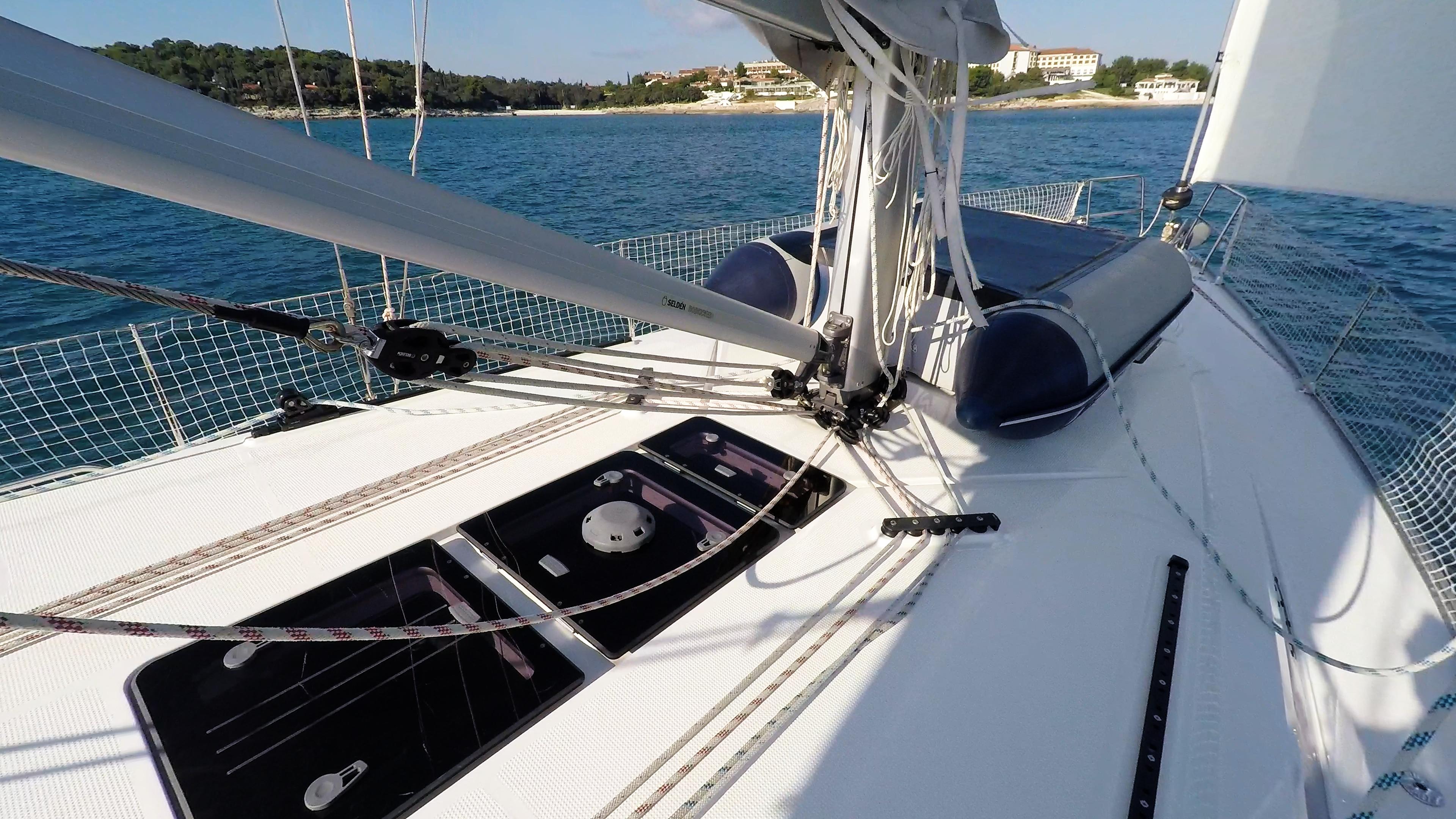 barcha a vela ponte yacht a vela bavaria 46 fondo del albero corde corde