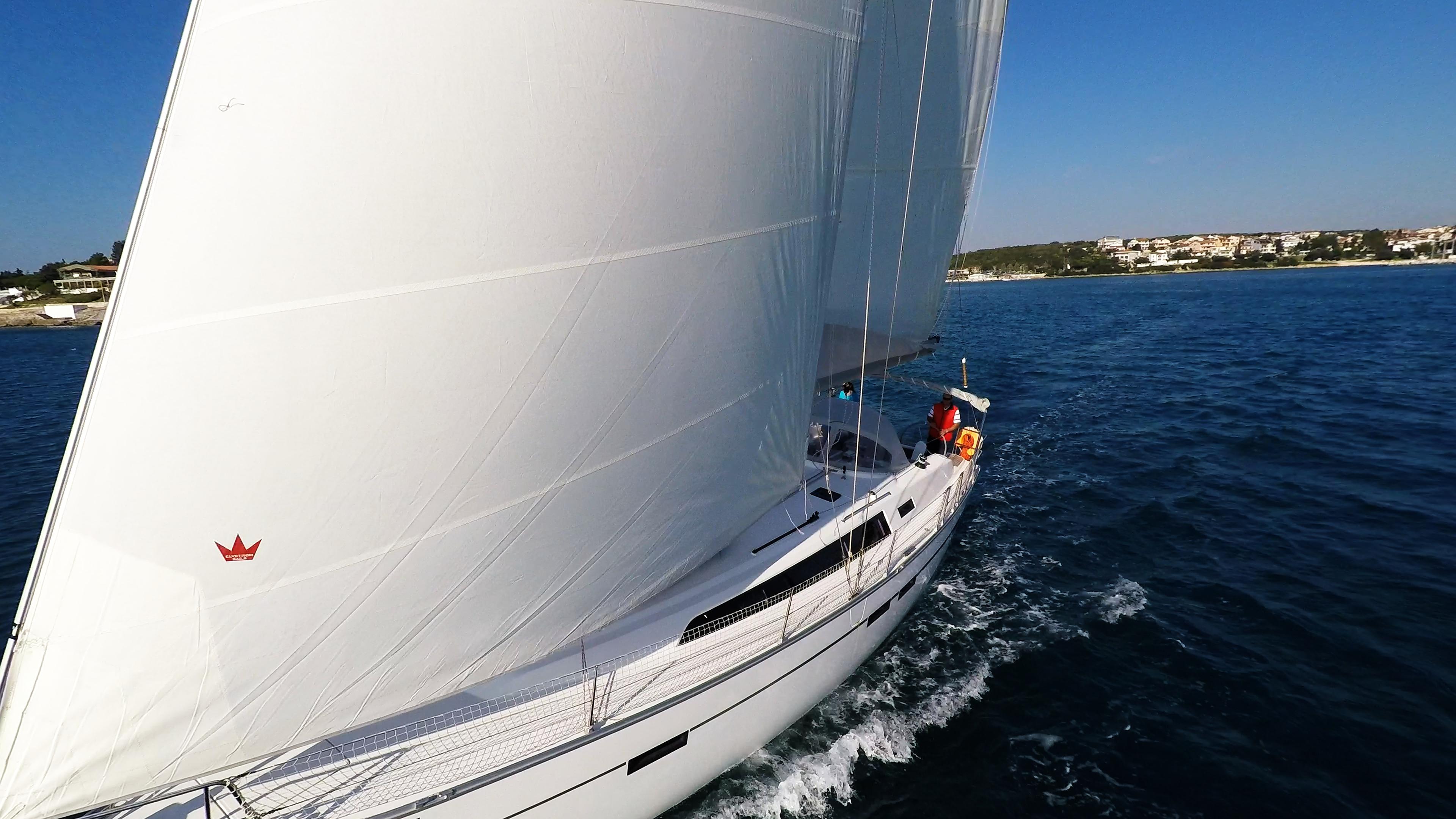 barcha a vela genova vela yacht a vela bavaria 46