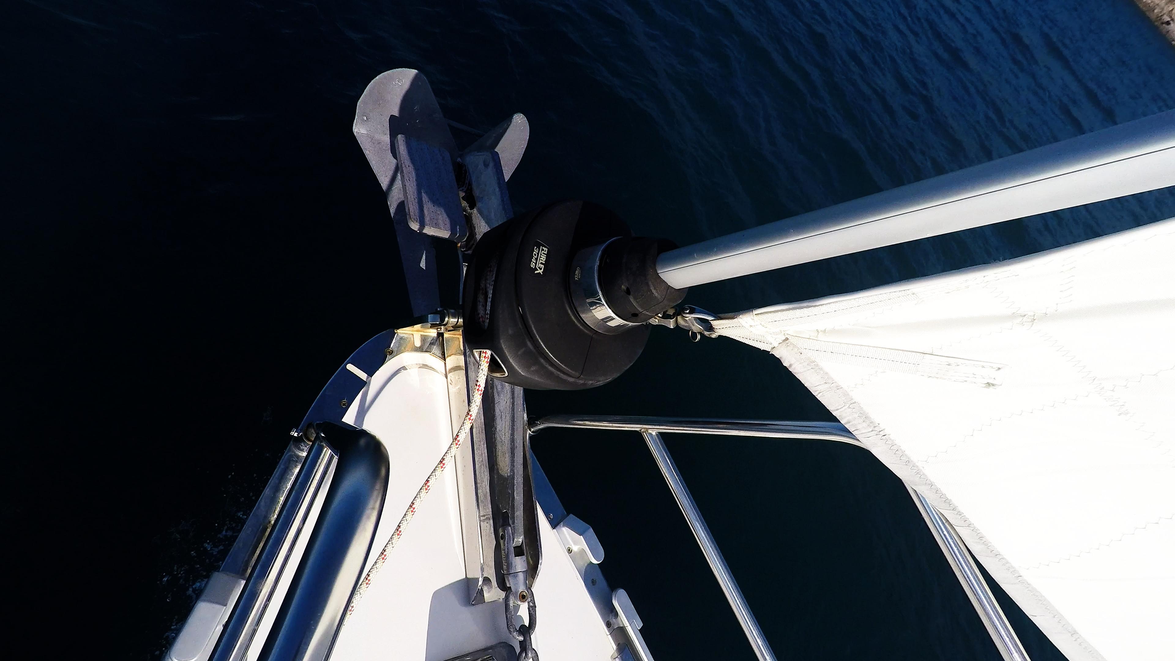 barcha a vela prua della barca a vela rotolo genova vela