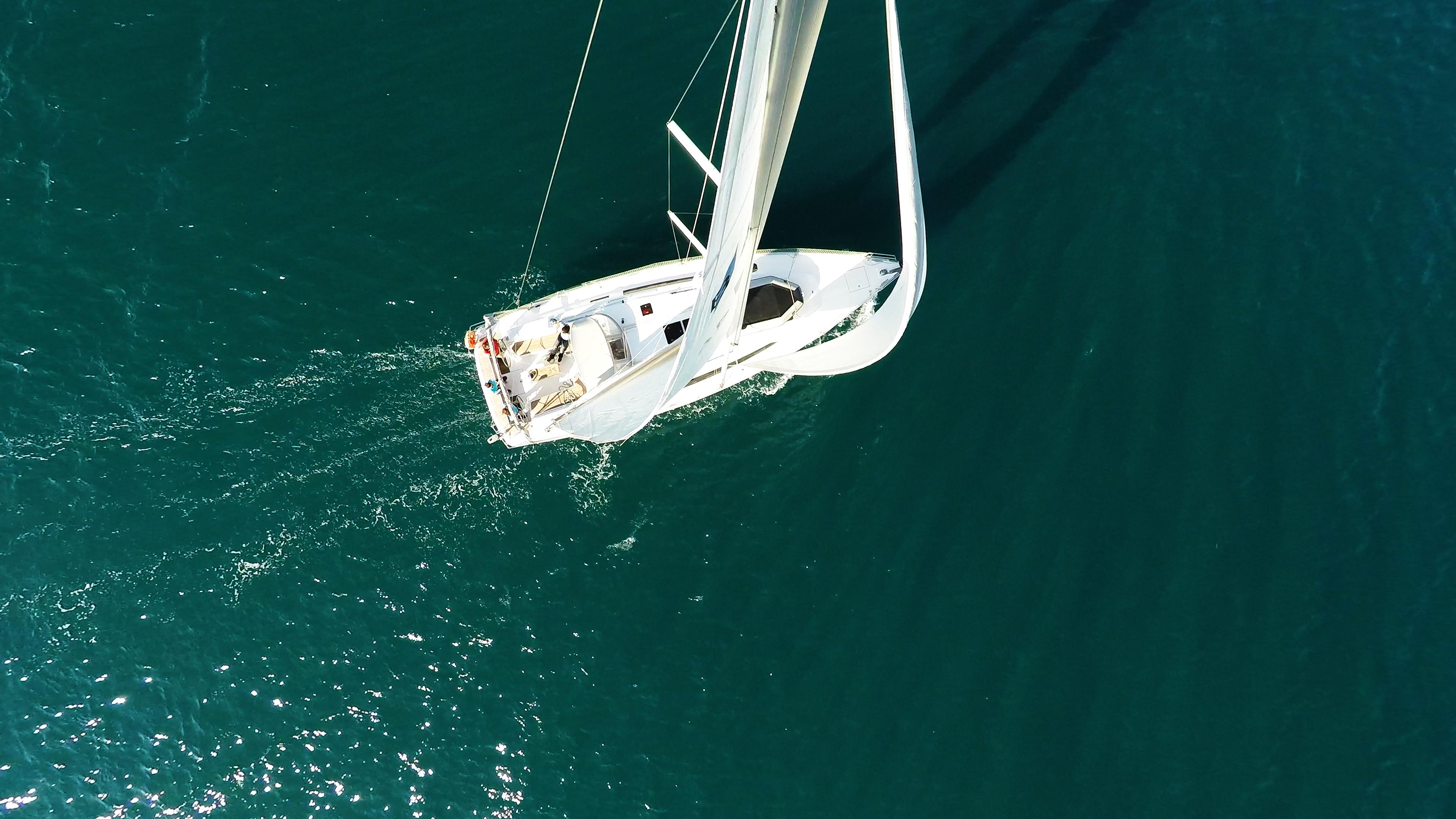barcha a vela barca a vela dal cielo vele