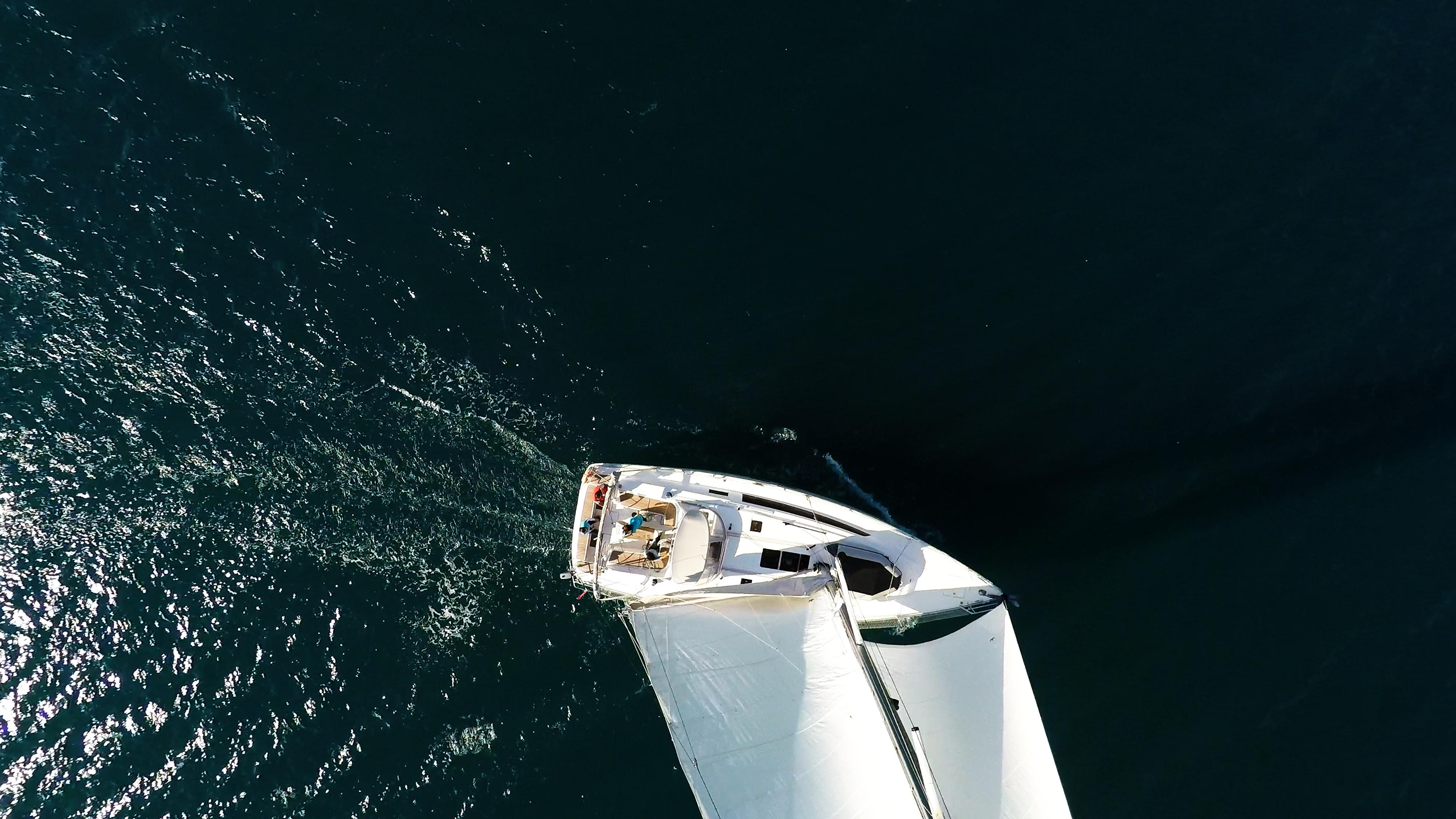 barcha a vela yacht a vela dall'aria