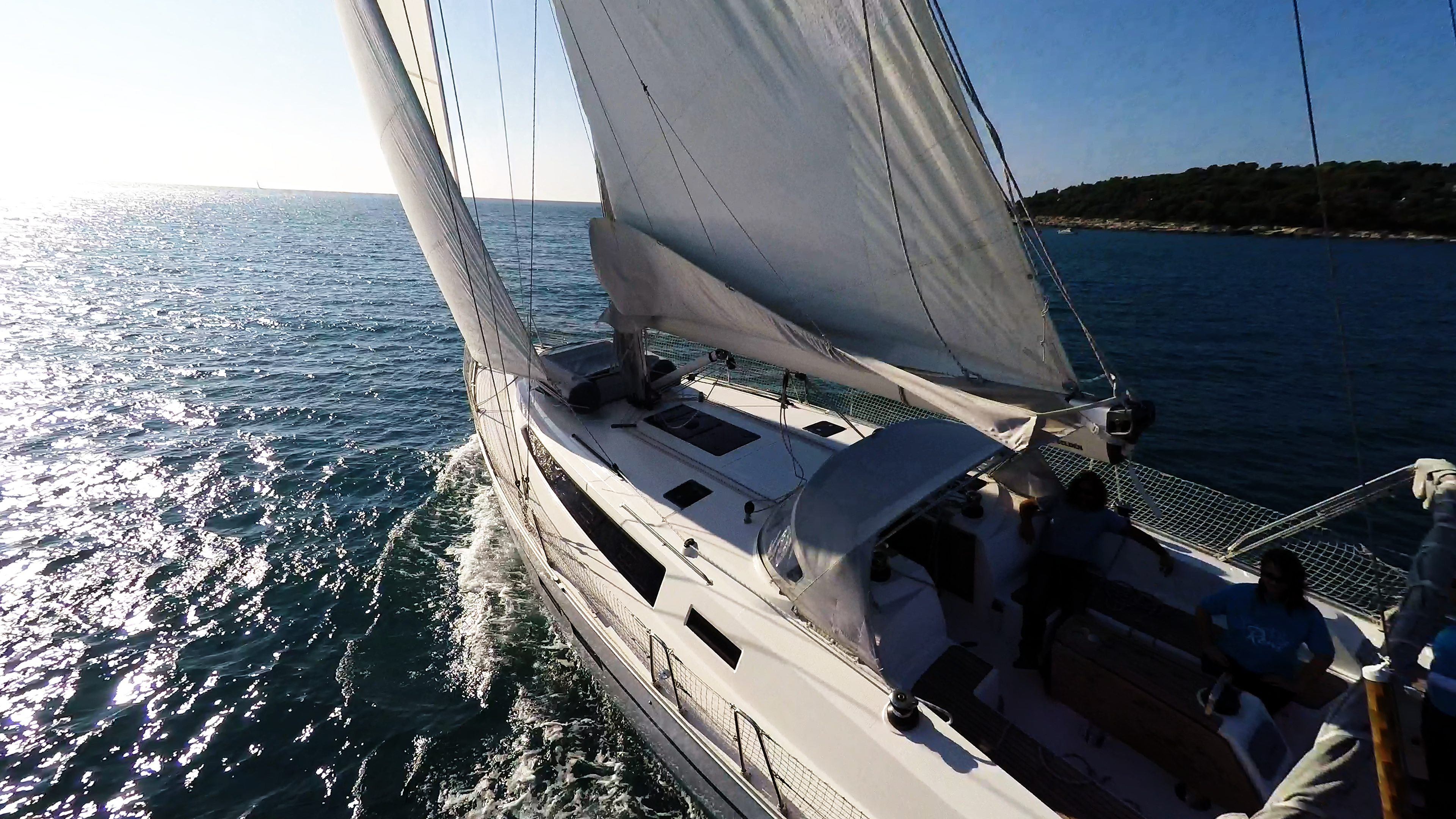 barcha a vela yacht a vela mare sole barca a vela pozzetto vele