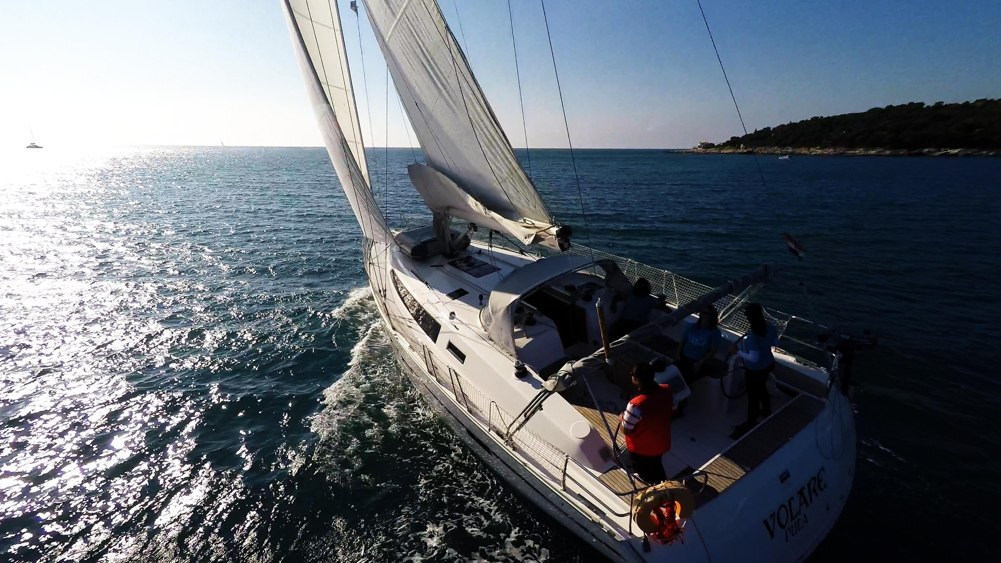barcha a vela yacht a vela vento vela barca a vela bavaria 46 skipper pozzetto
