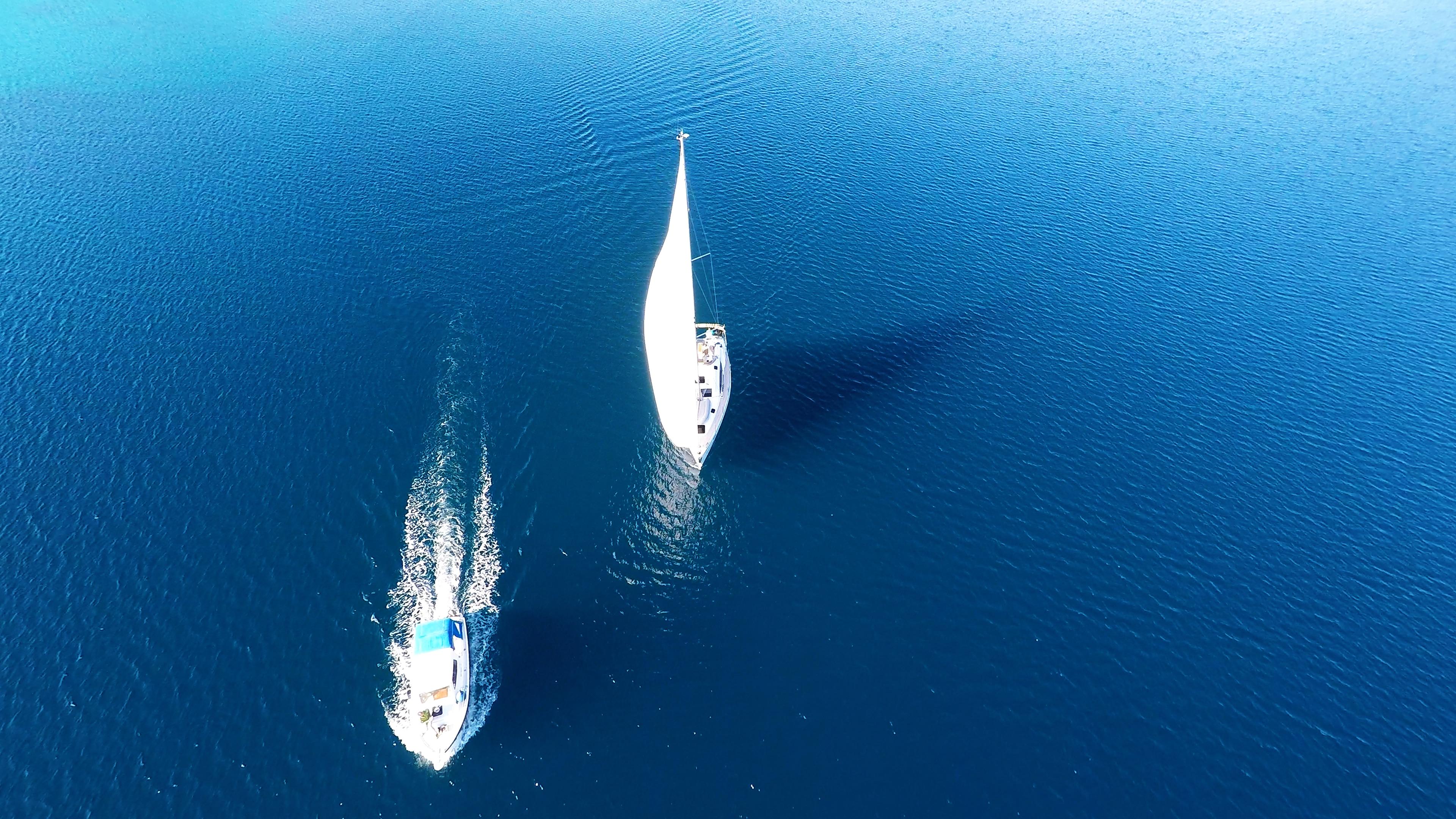 barcha a vela mare blu barca a vela barca a motoree