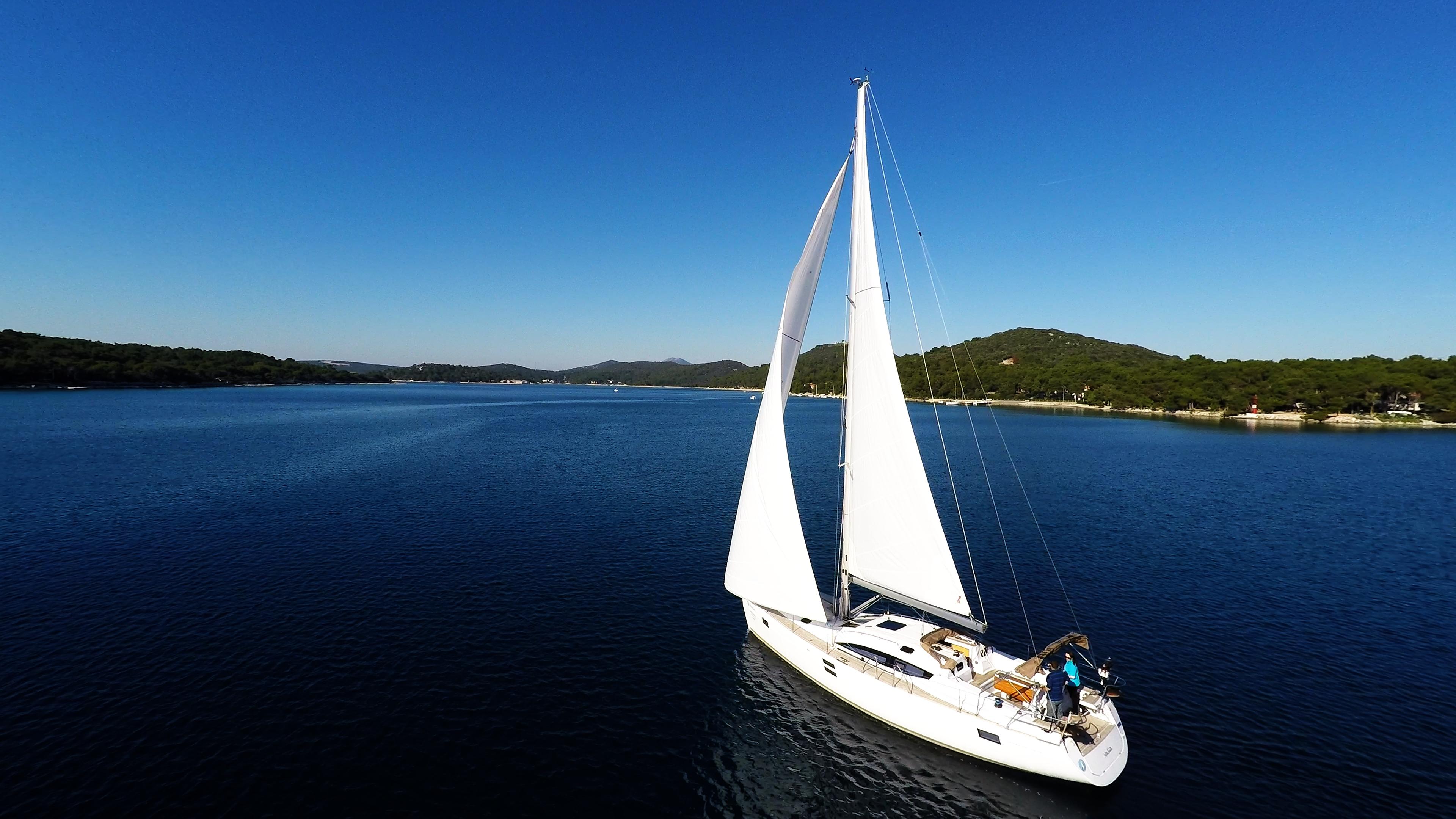 barcha a vela cielo blu baia del mare barca a vela yacht a vela vela