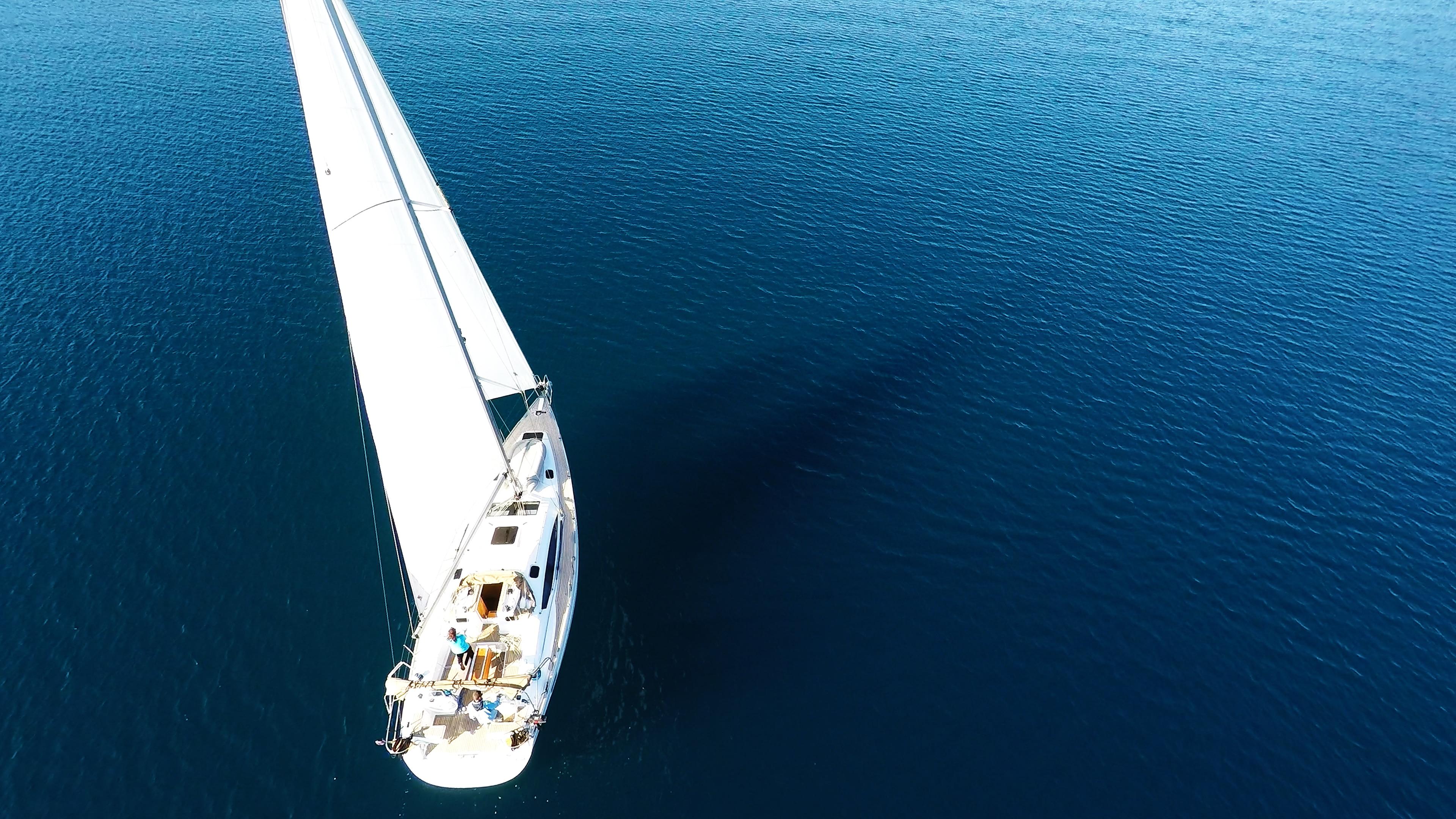 barcha a vela elan 45 yacht a vela mare blu vela