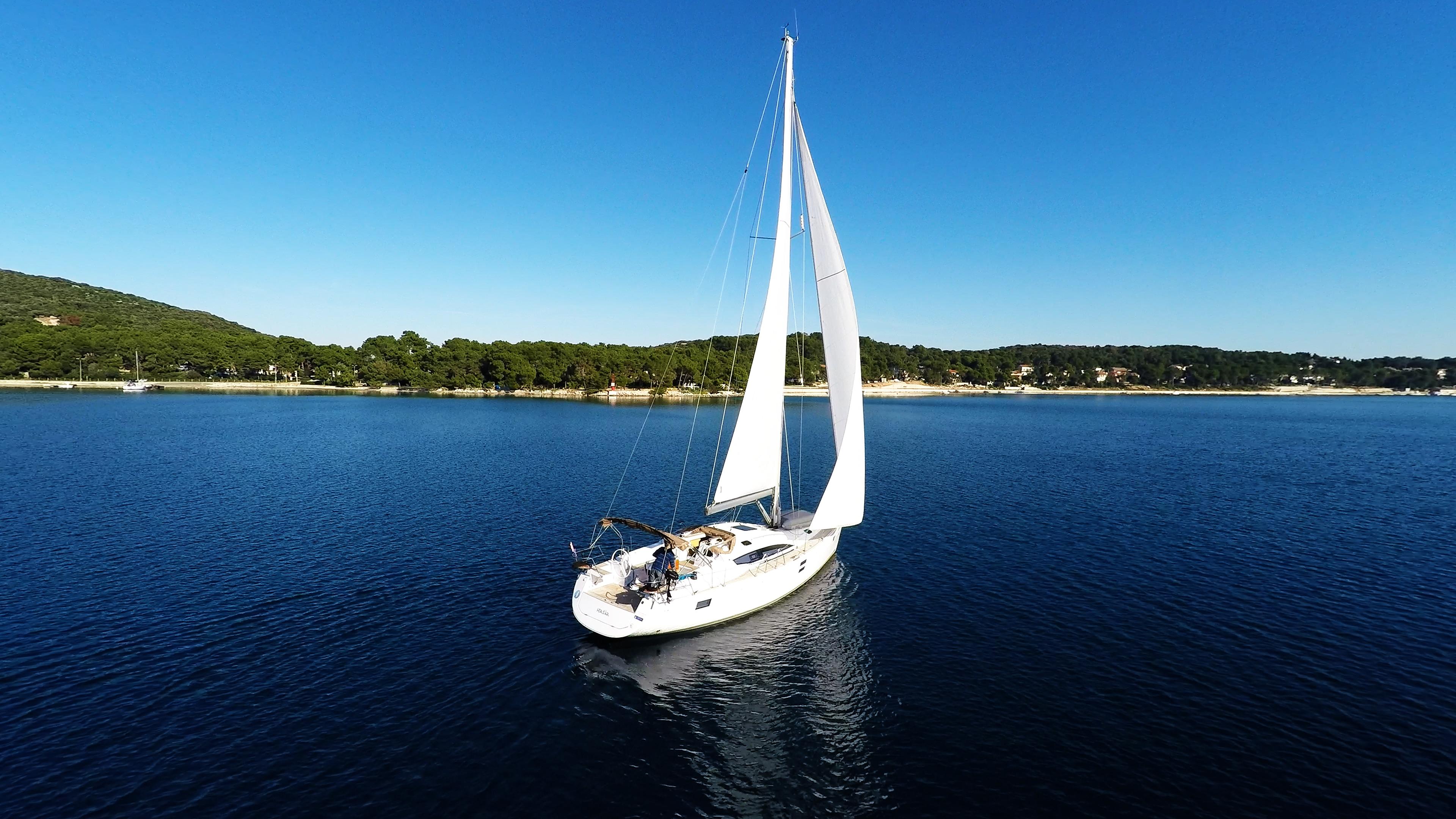 barcha a vela vela barca a vela cielo blu yacht a vela