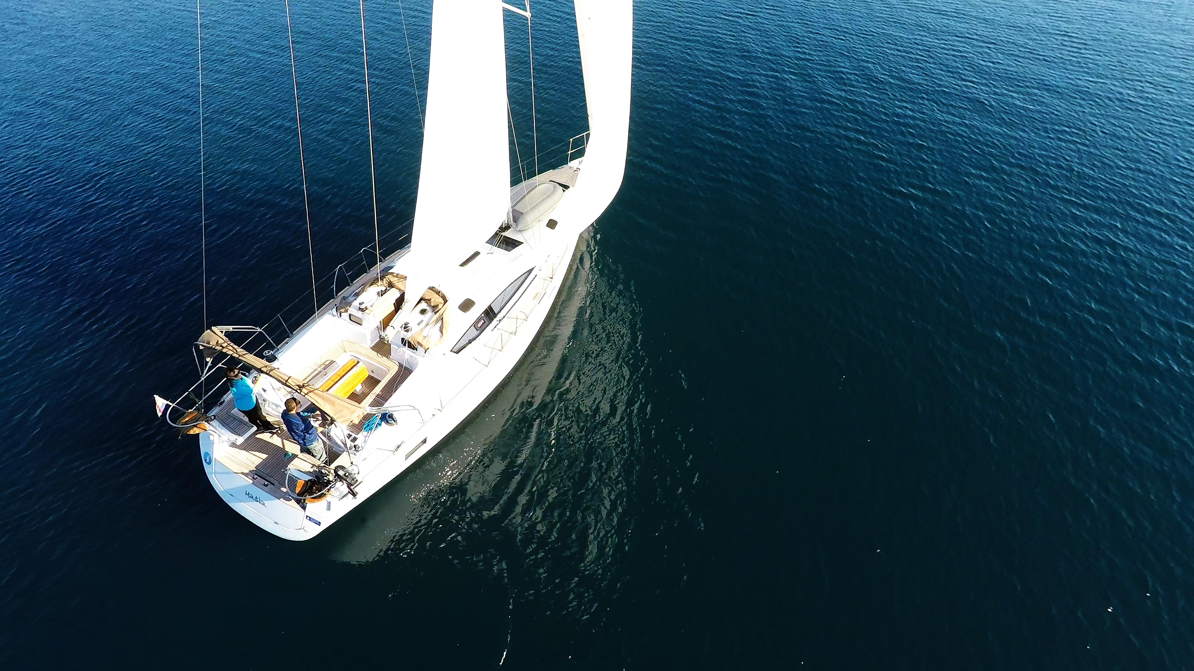 barcha a vela barca a vela elan 45 impression vela coperta per yacht a vela