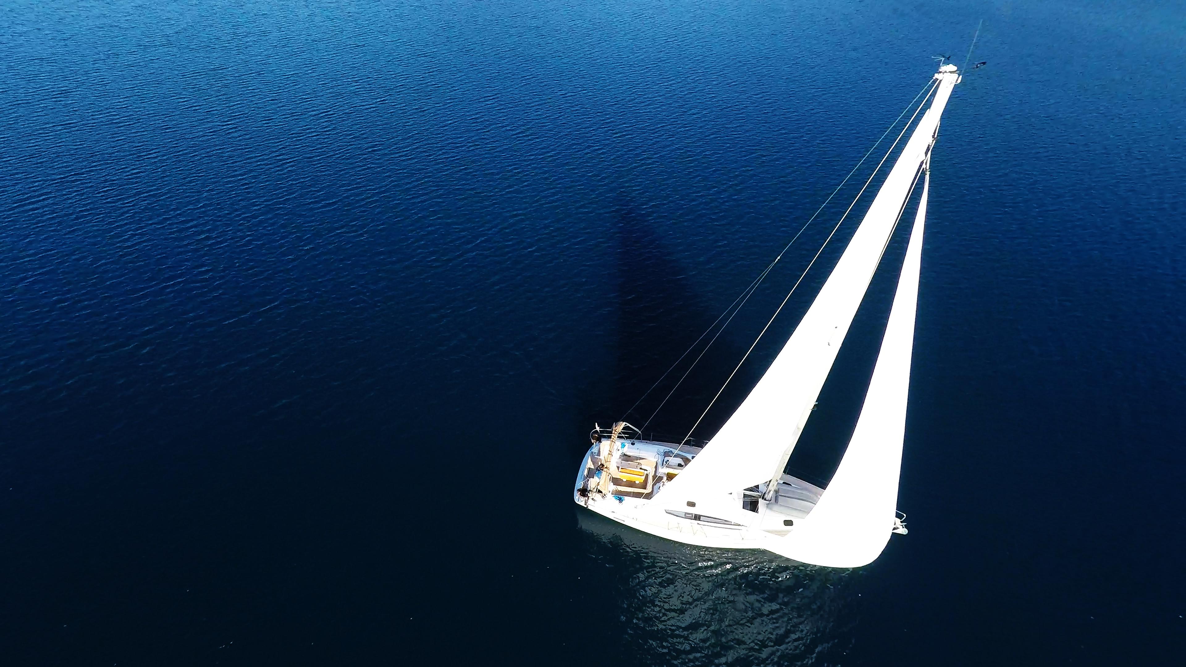 barcha a vela barca a vela yacht a vela mare blu vela albero