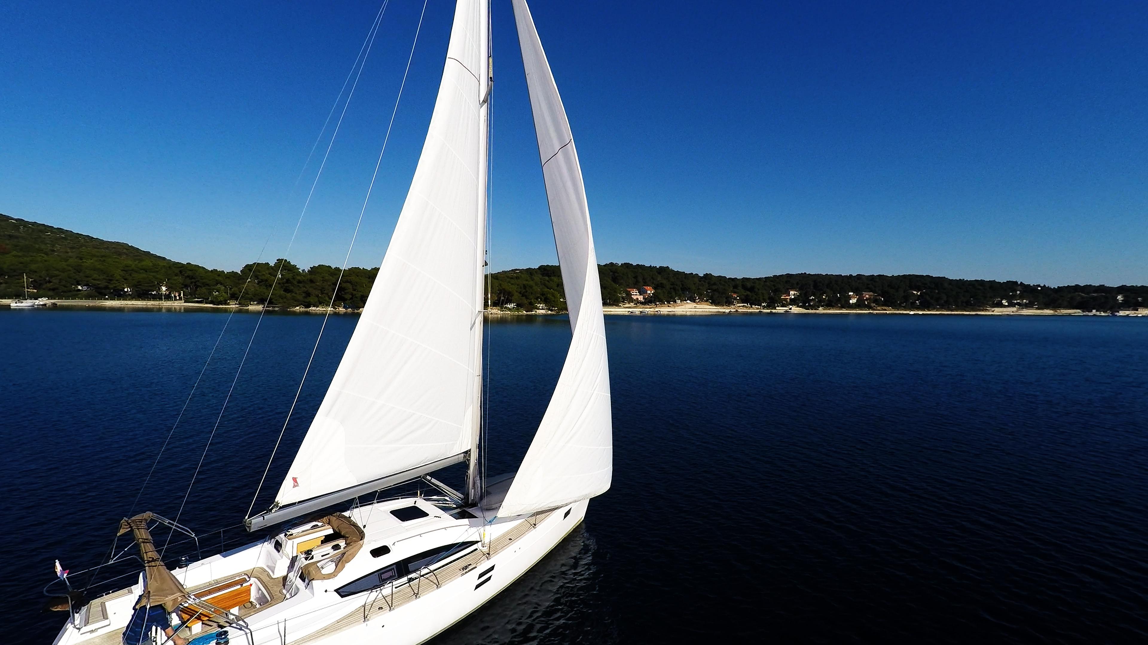 barcha a vela barca a vela yacht a vela cielo blu Croazia baia