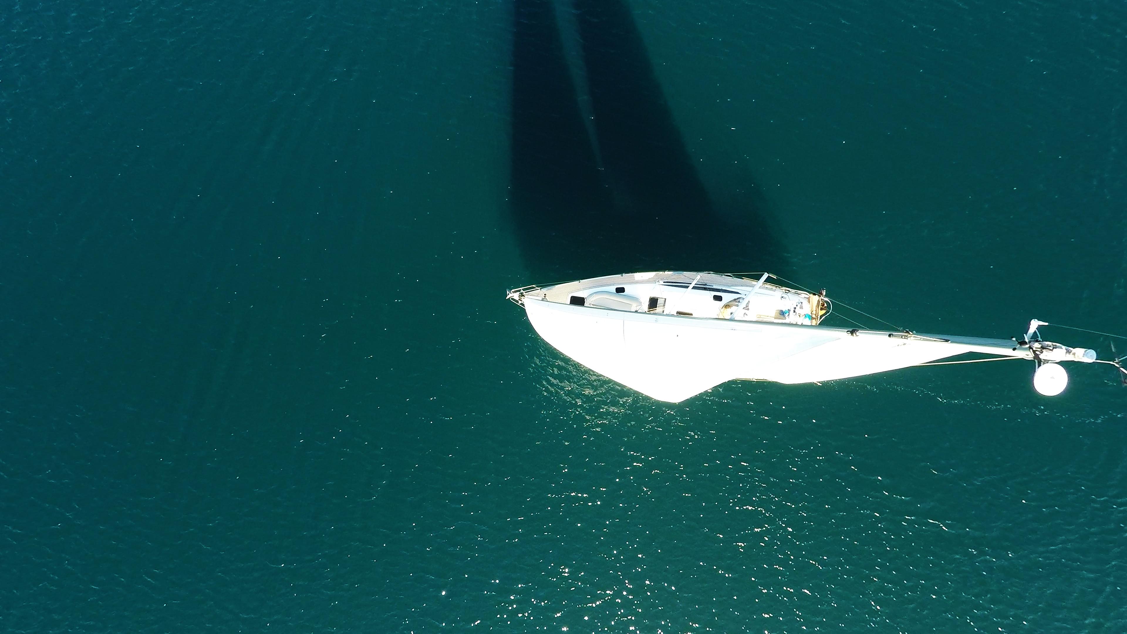 barcha a vela barca a vela dal cielo