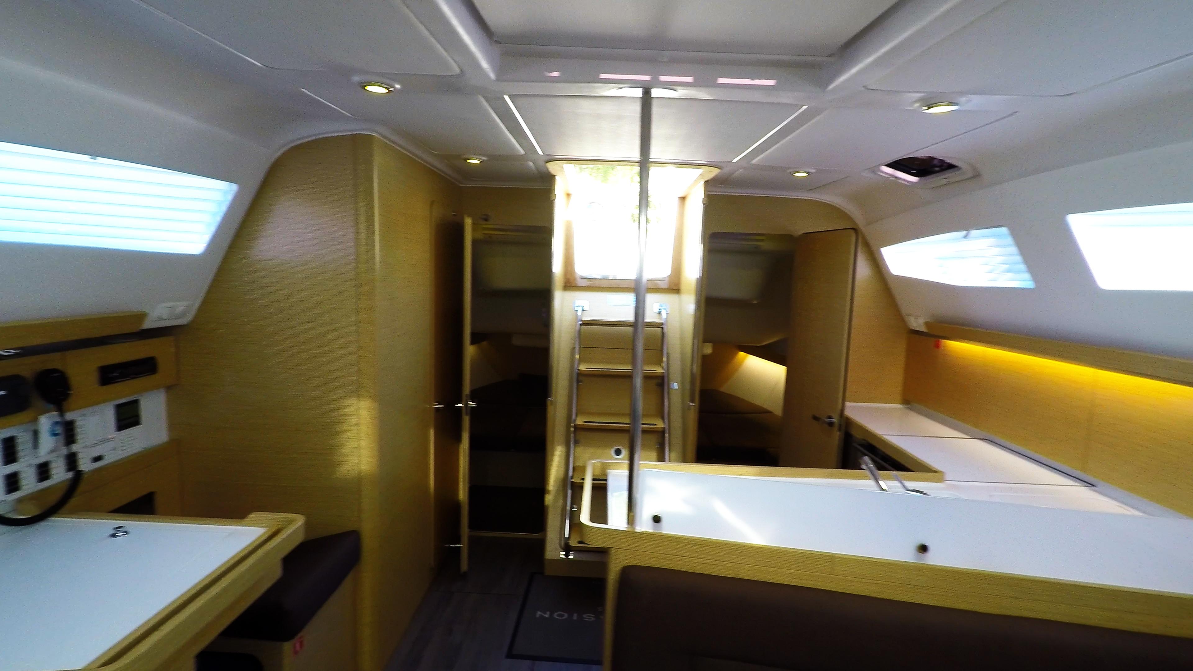 barcha a vela yacht a vela Elan 45 impression interno cabine di poppa Ingresso