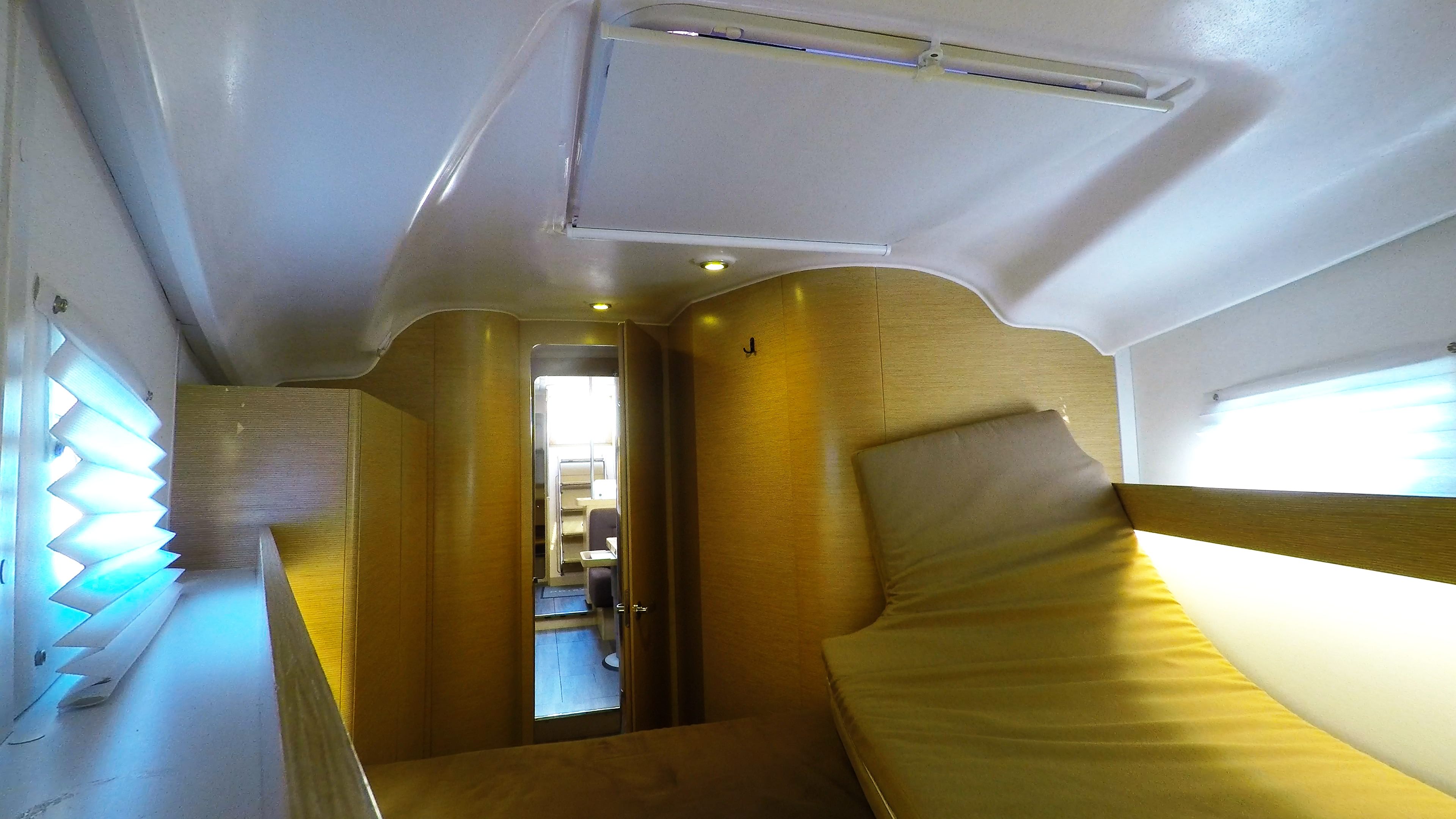 barcha a vela yacht a vela Elan 45 impression interno davanti cabina 5