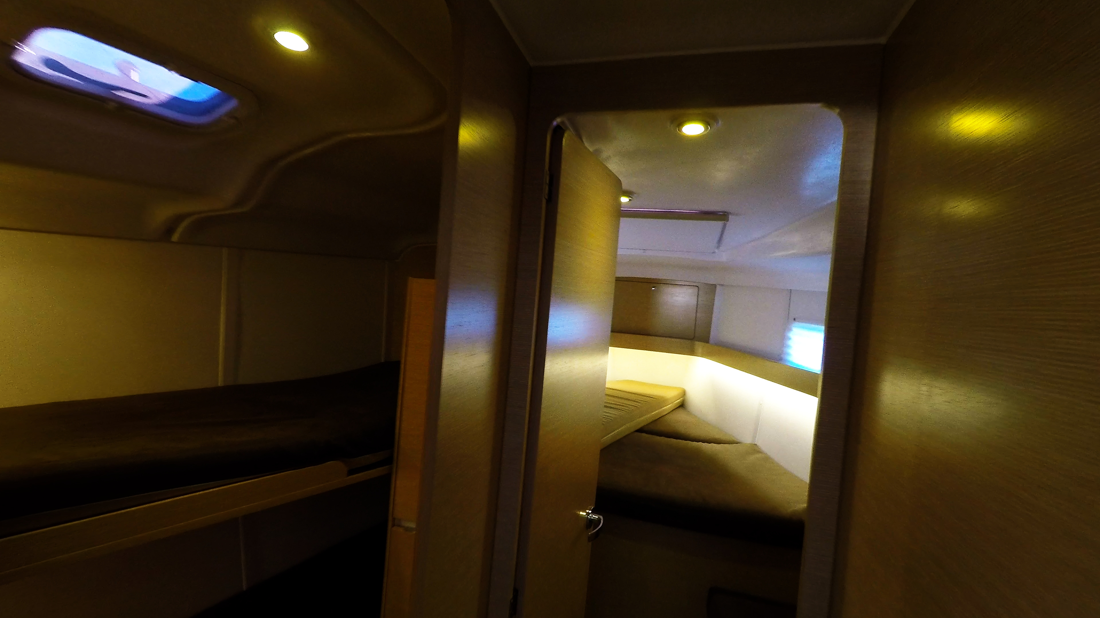 barcha a vela yacht a vela Elan 45 impression interno cabine davanti 2