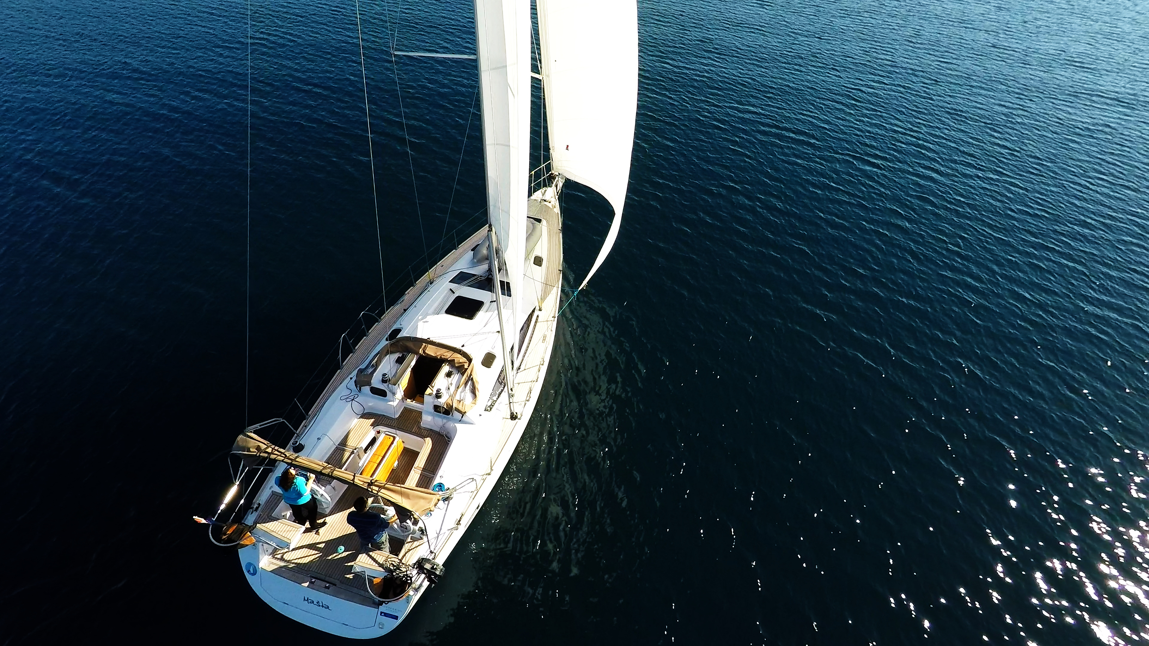 barcha a vela yacht a vela elan 45 impression pontein teak vele barca a vela sole