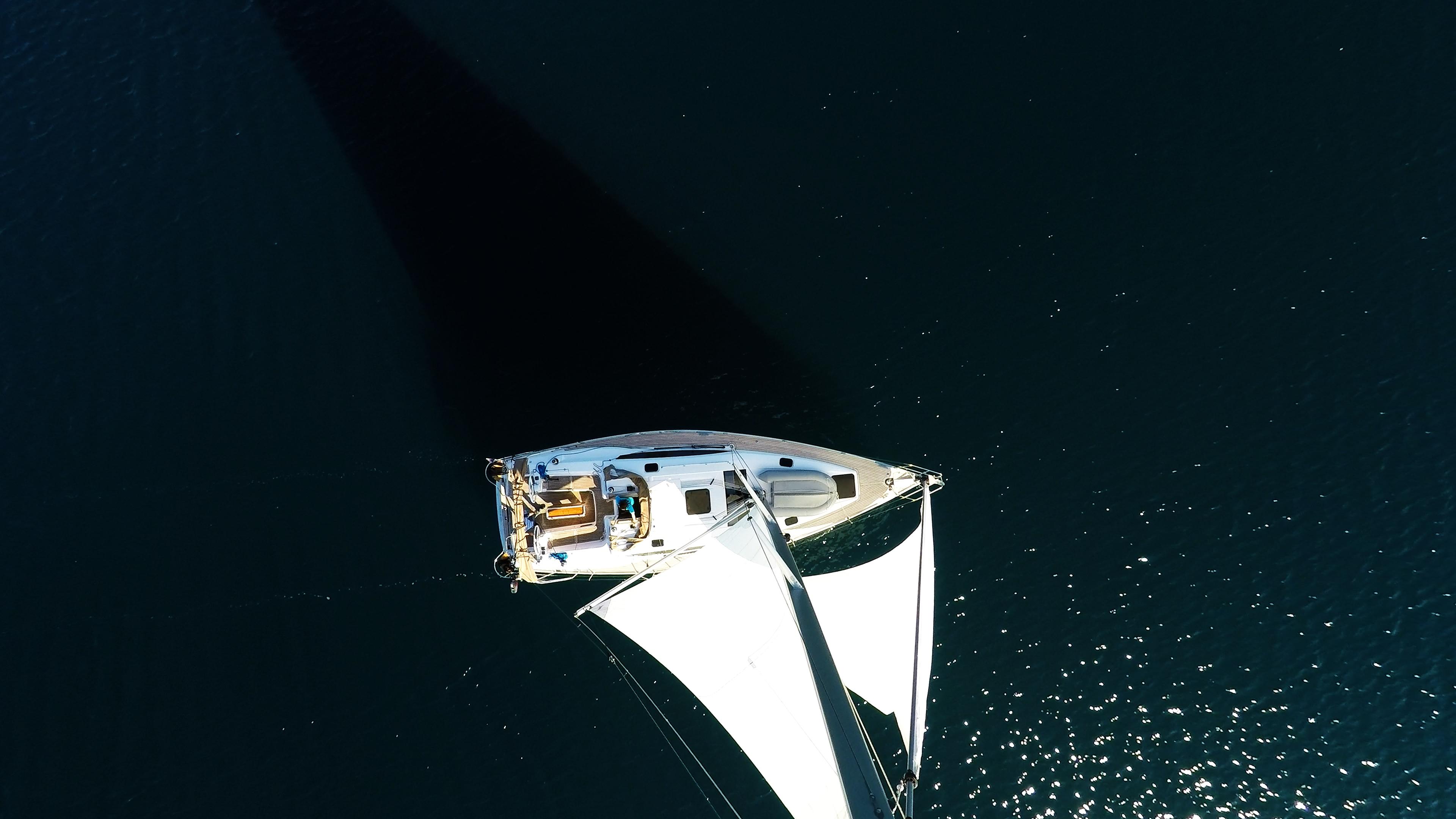 barcha a vela yacht a vela da cima d'albero vela vele barca a vela
