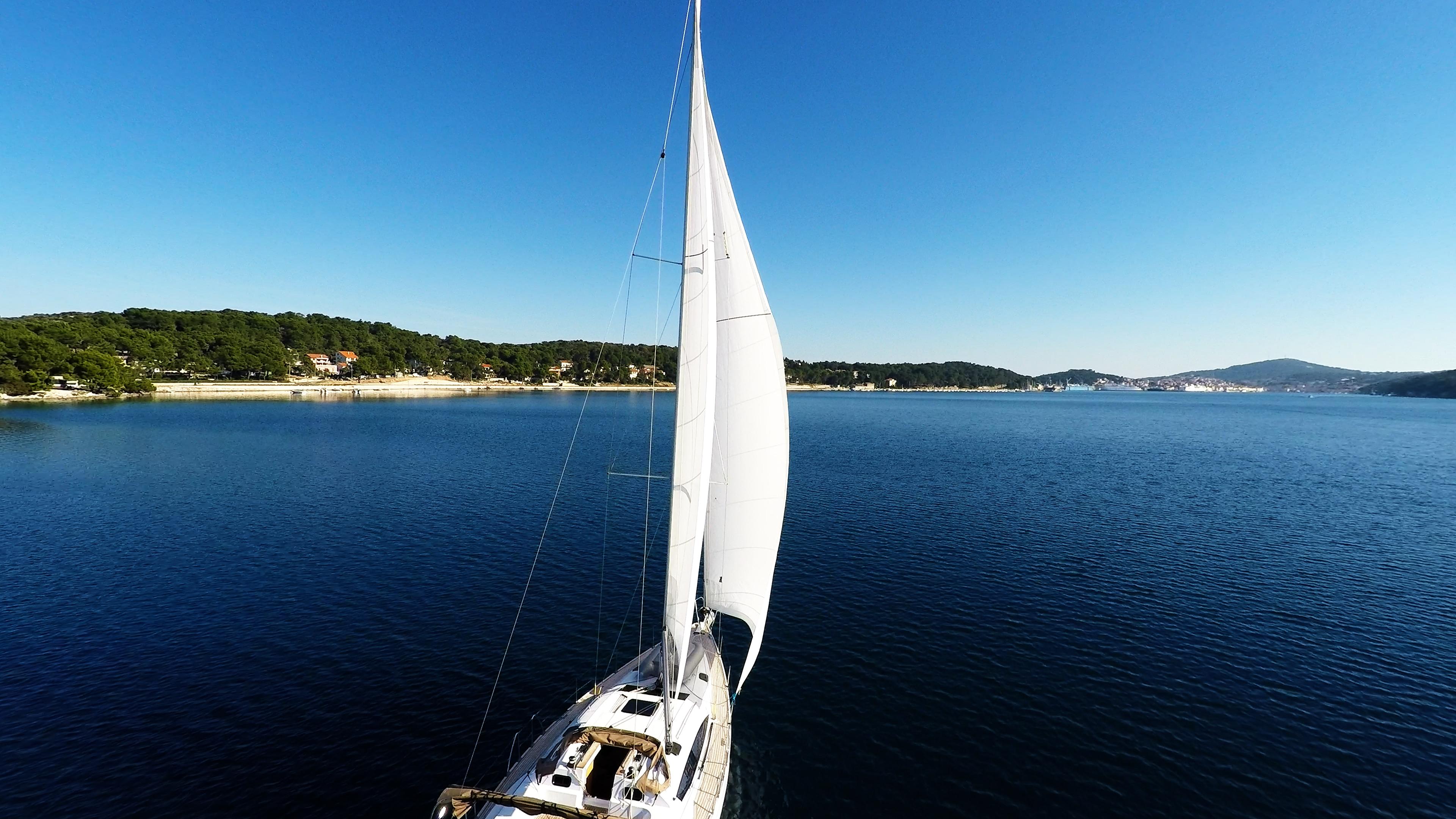 barcha a vela velein mare baia cielo blu yacht a vela