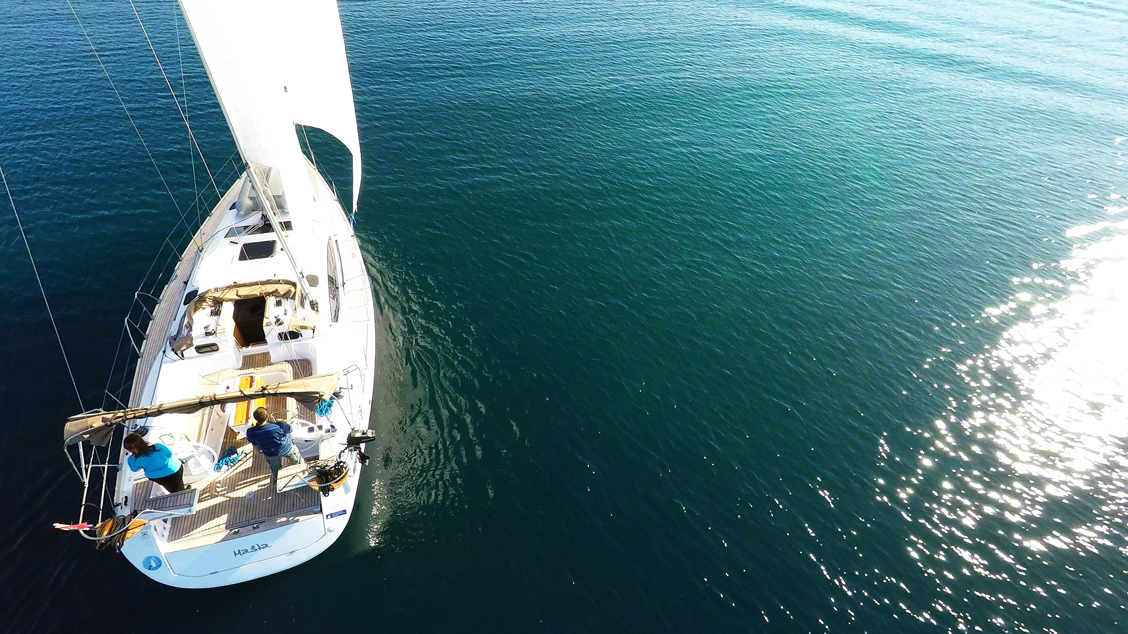 barcha a vela riflesso del sole barca a vela elan 45 impression yacht a vela mare