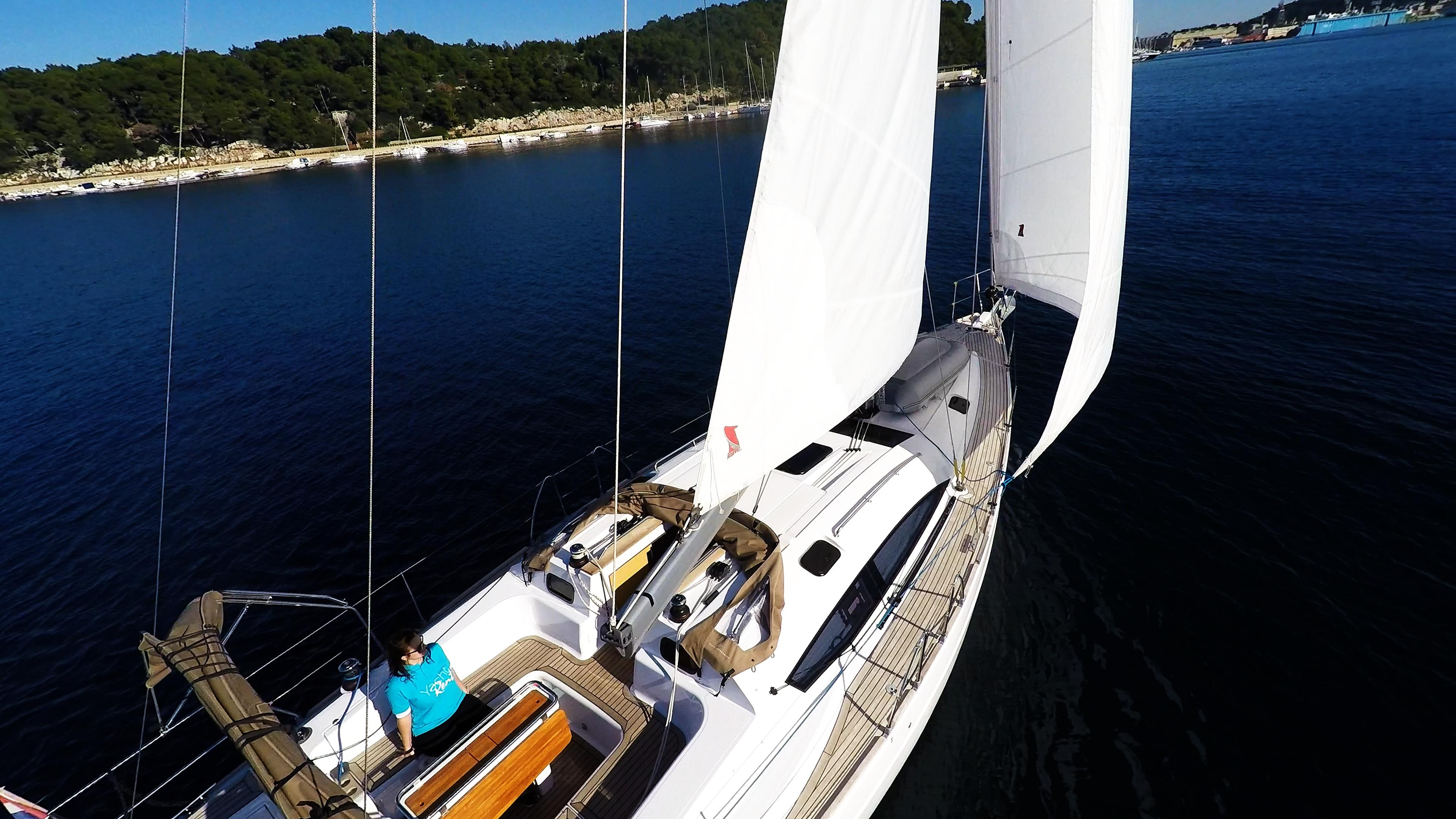 barcha a vela pontein teak barca a vela elan 45 impression yacht a vela vela