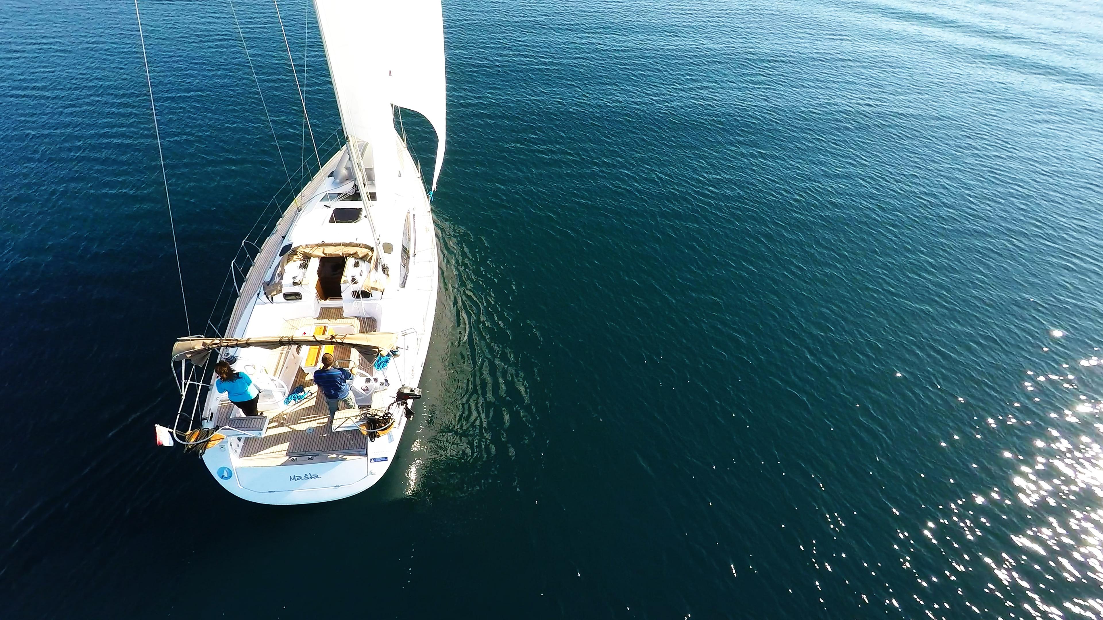 barcha a vela pontein teak barca a vela elan 45 impression yacht a vela