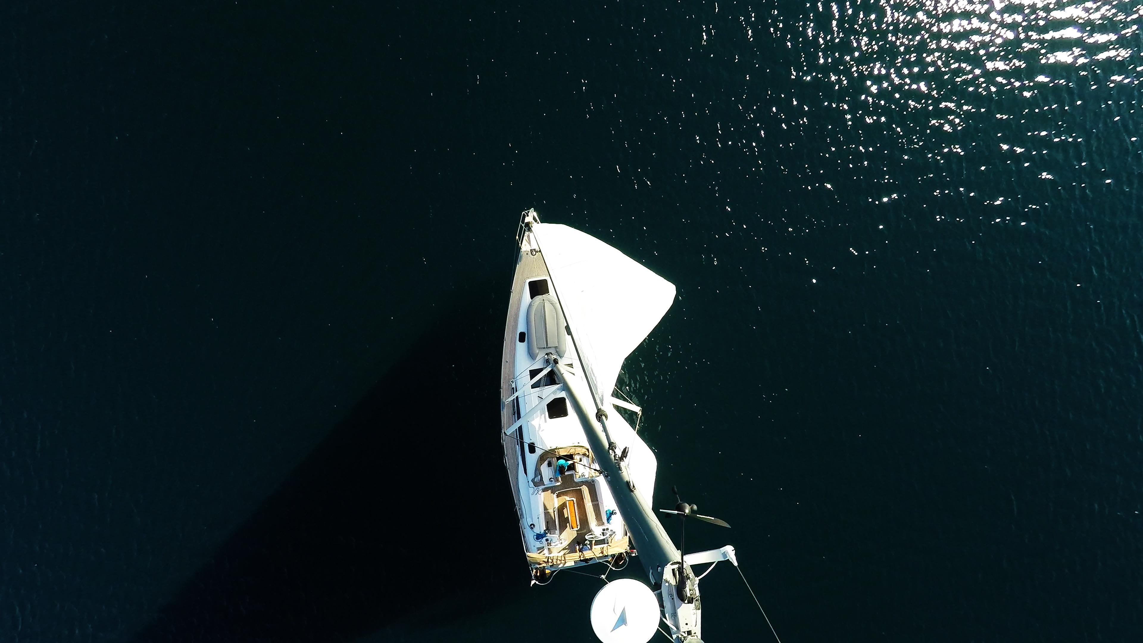 barcha a vela vista dal cielo yacht a vela elan 45 impression albero vele