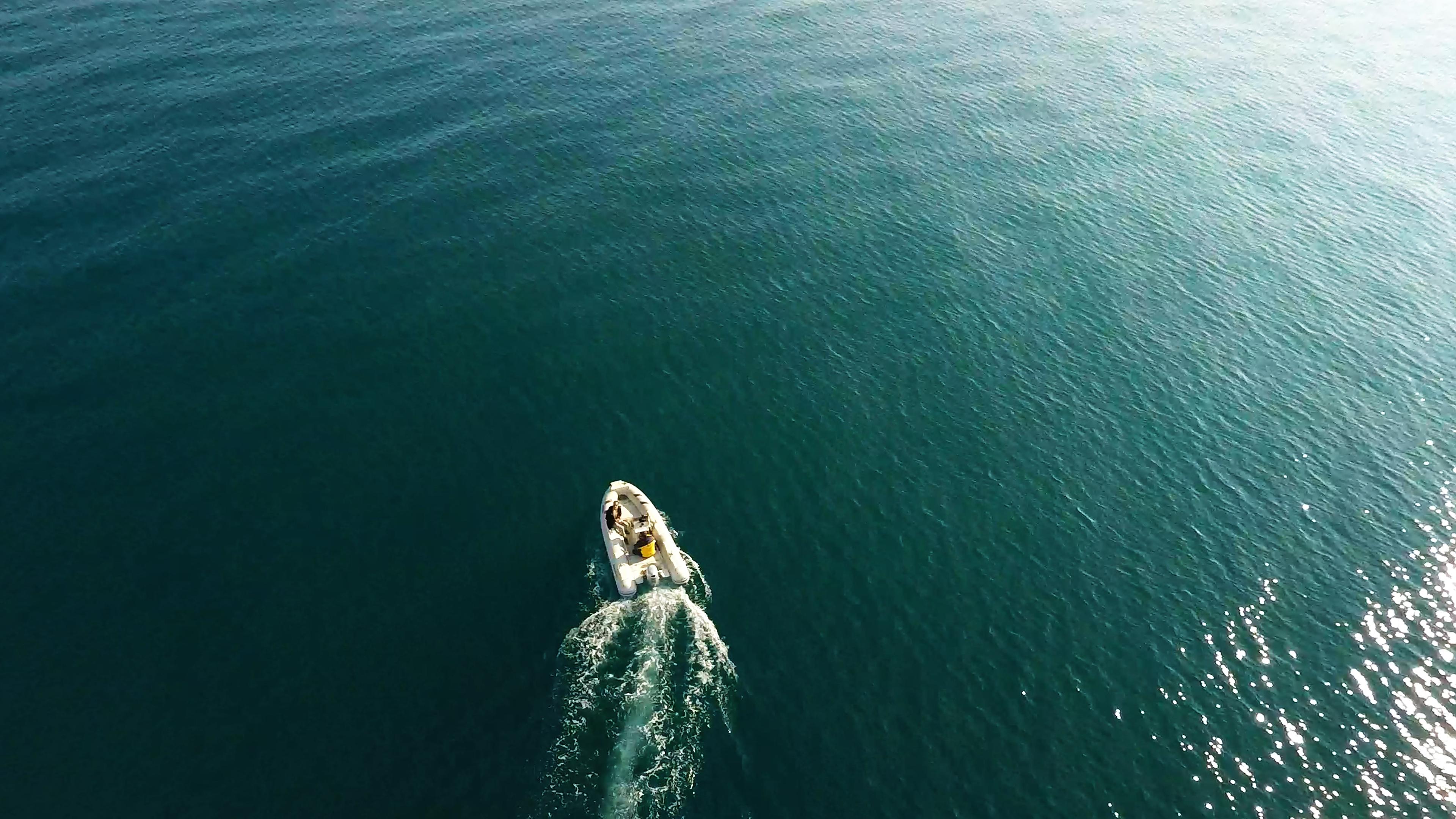 barcha a vela barcaal mare gommone