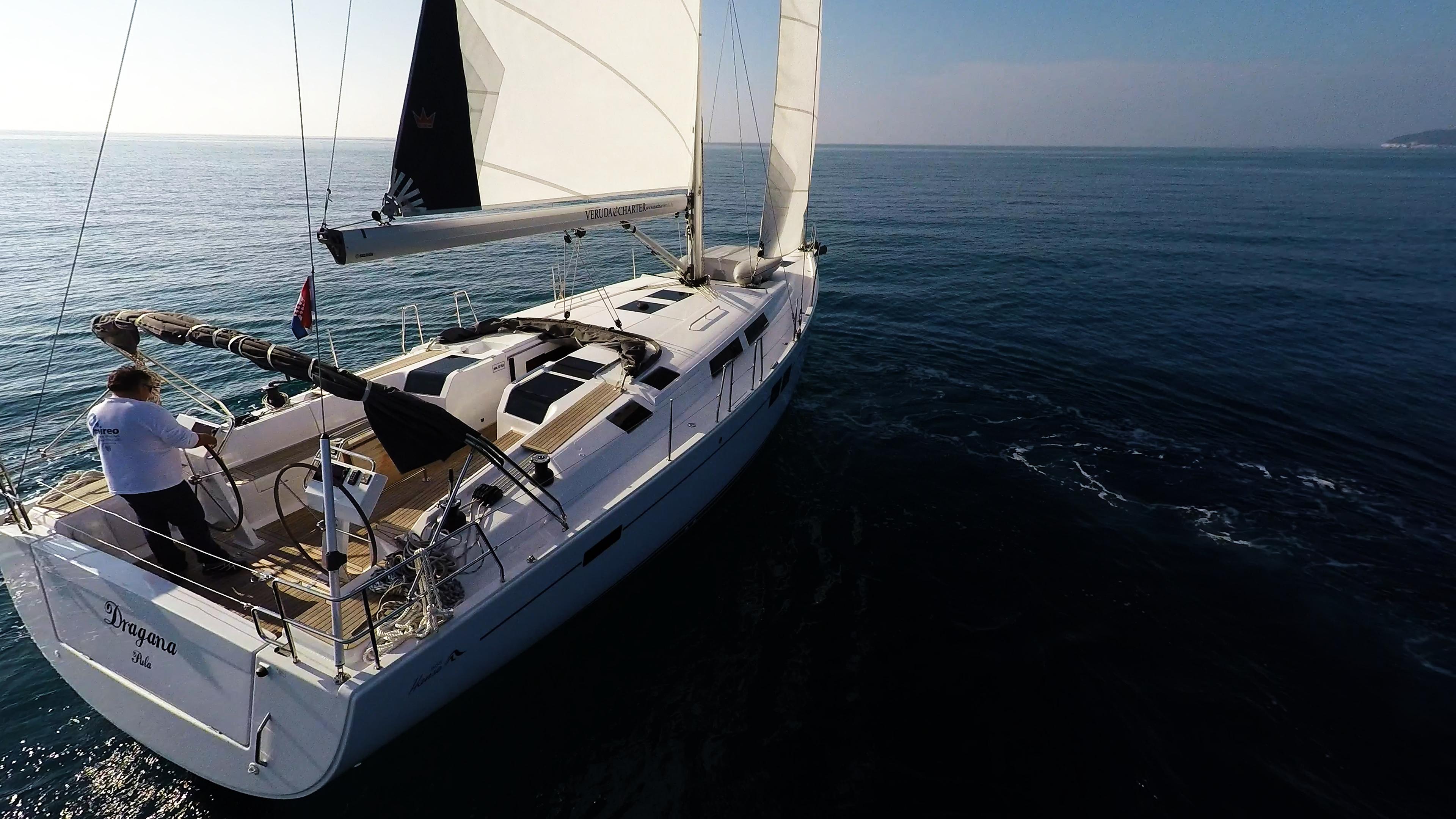 barcha a vela Hanse 505 poppa poppa vele di yacht a vela barca