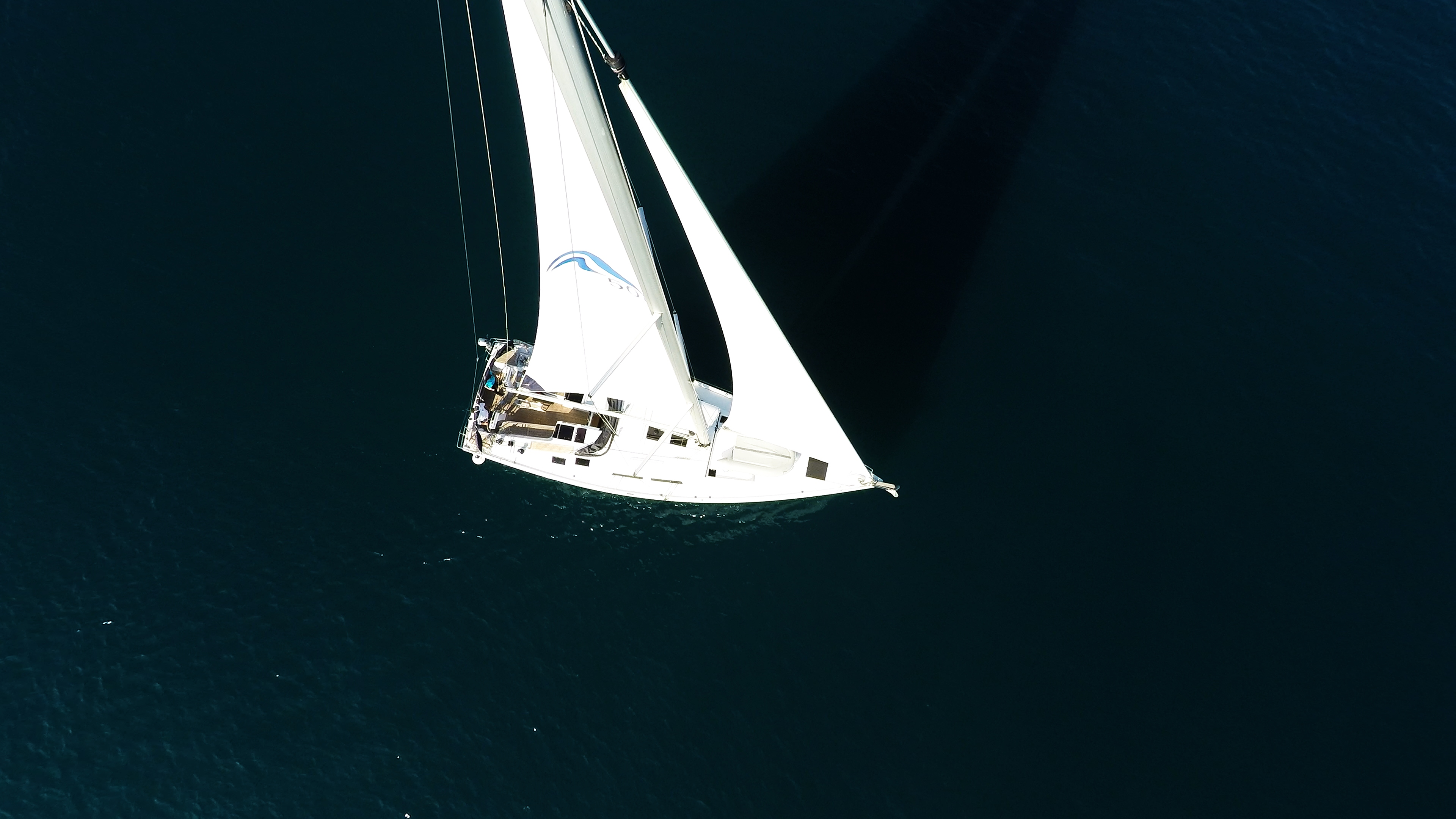 barcha a vela Hanse 505 da sopra barca a vela barca vele veleggiare ponte pozzetto mare
