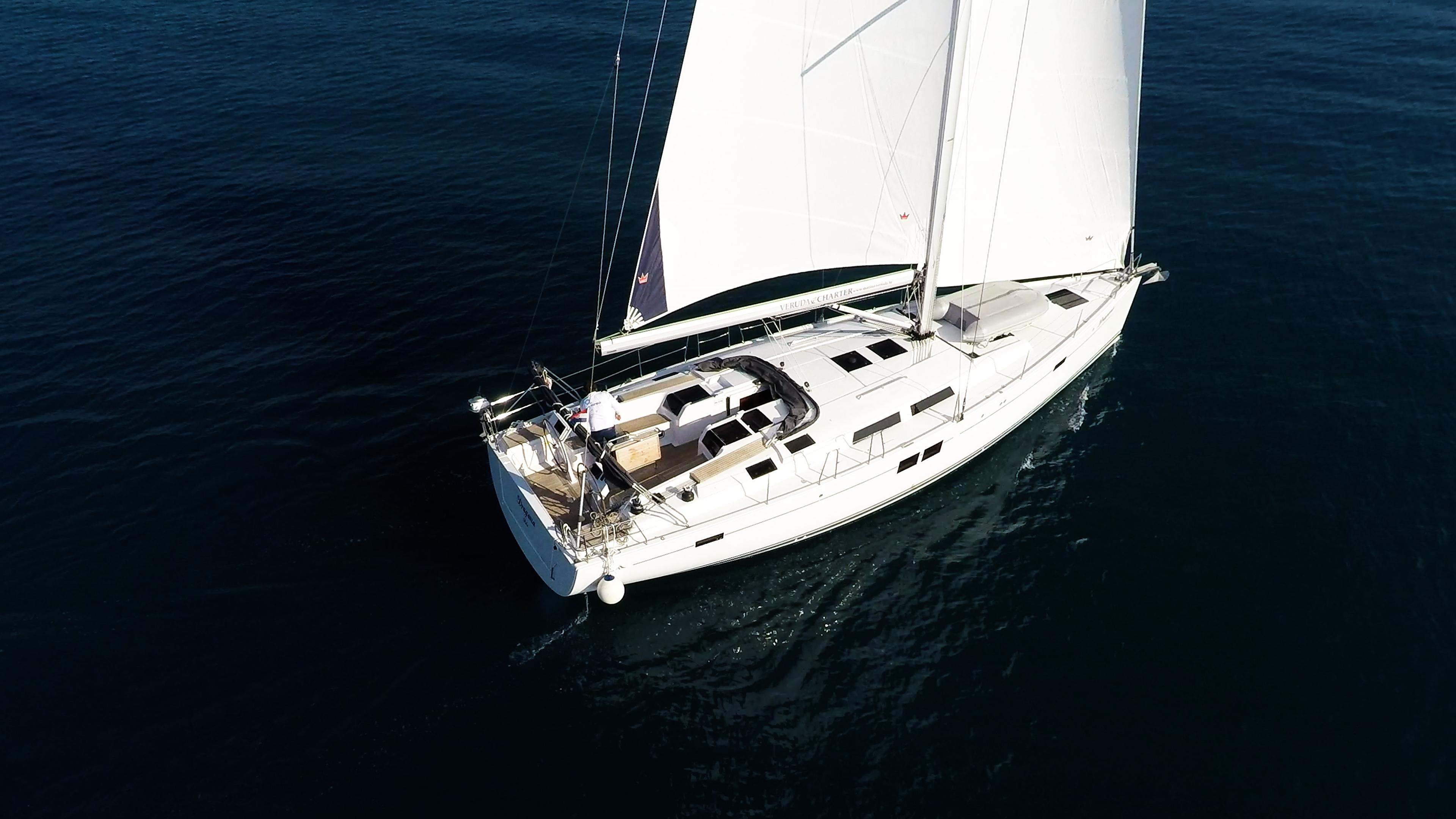 barcha a vela Hanse 505 barca a vela ponte da parte