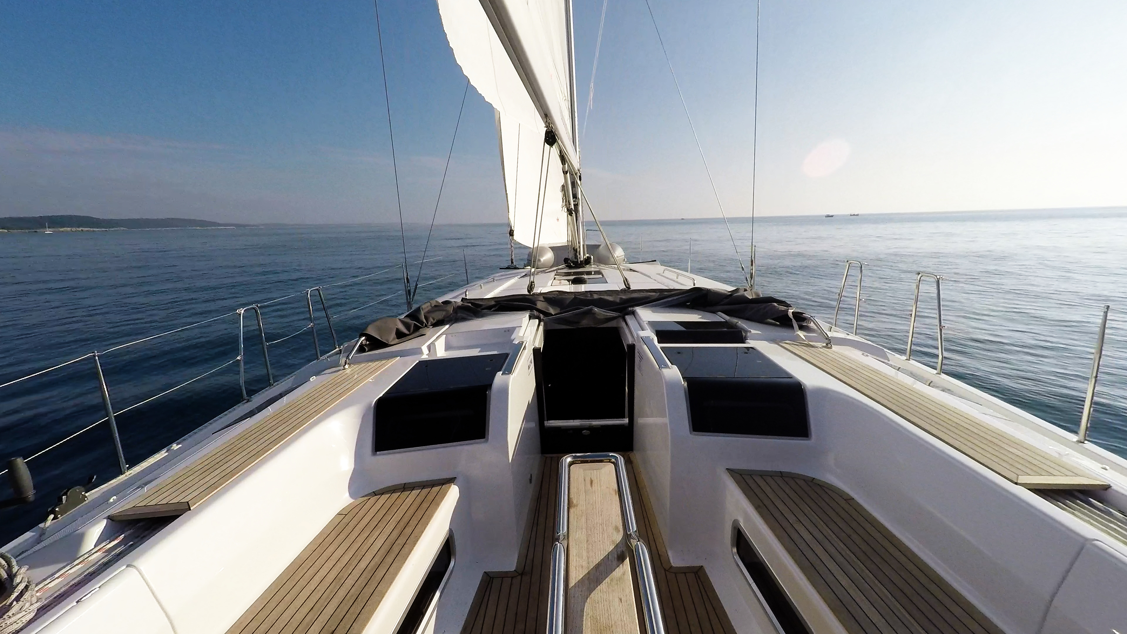 barcha a vela Hanse 505 coperta per yacht a vela vele teak pozzetto