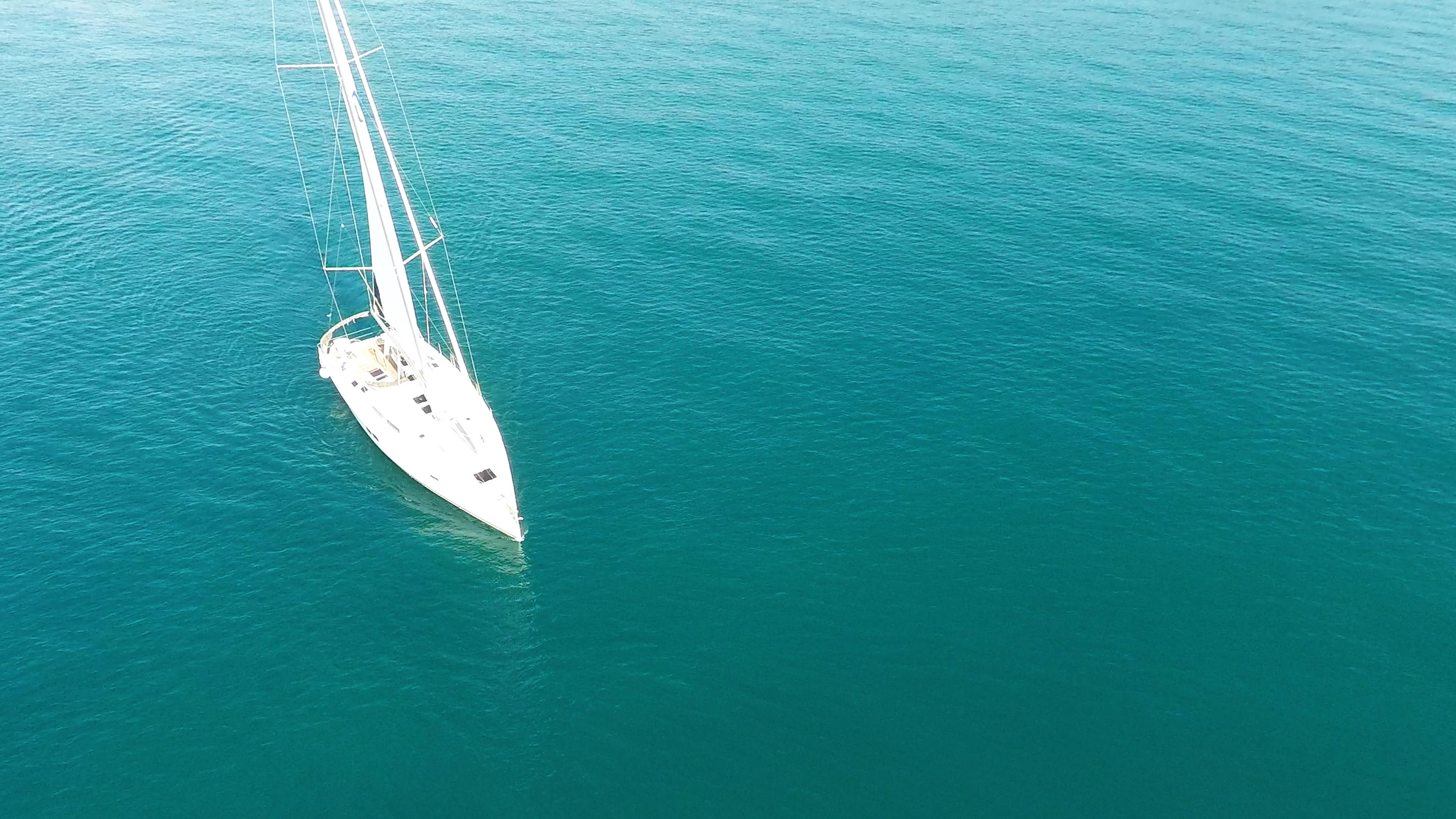 barcha a vela barca a vela blu verde mare Hanse 505