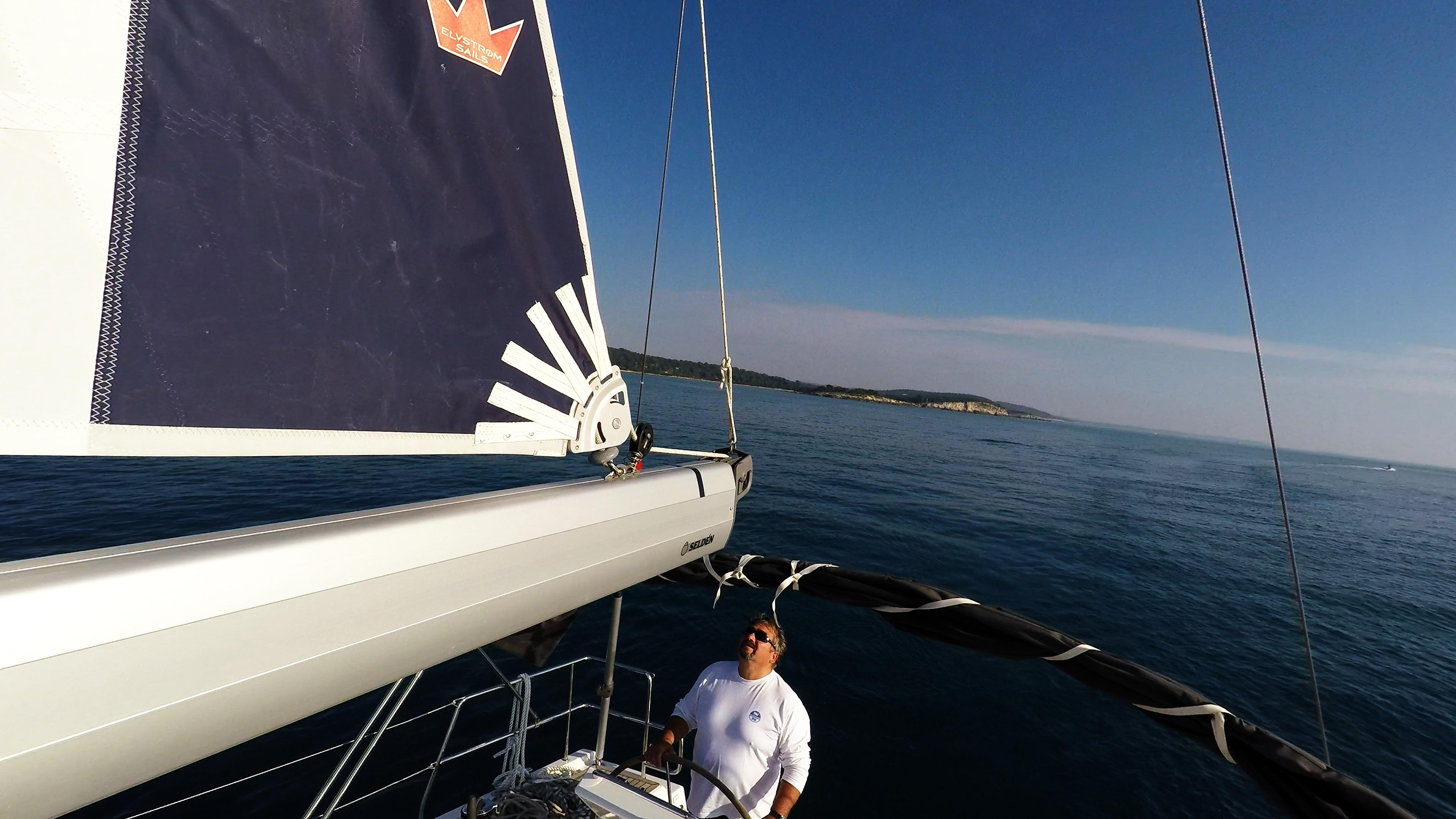 barcha a vela barca a vela boma skipper veleggiare mare