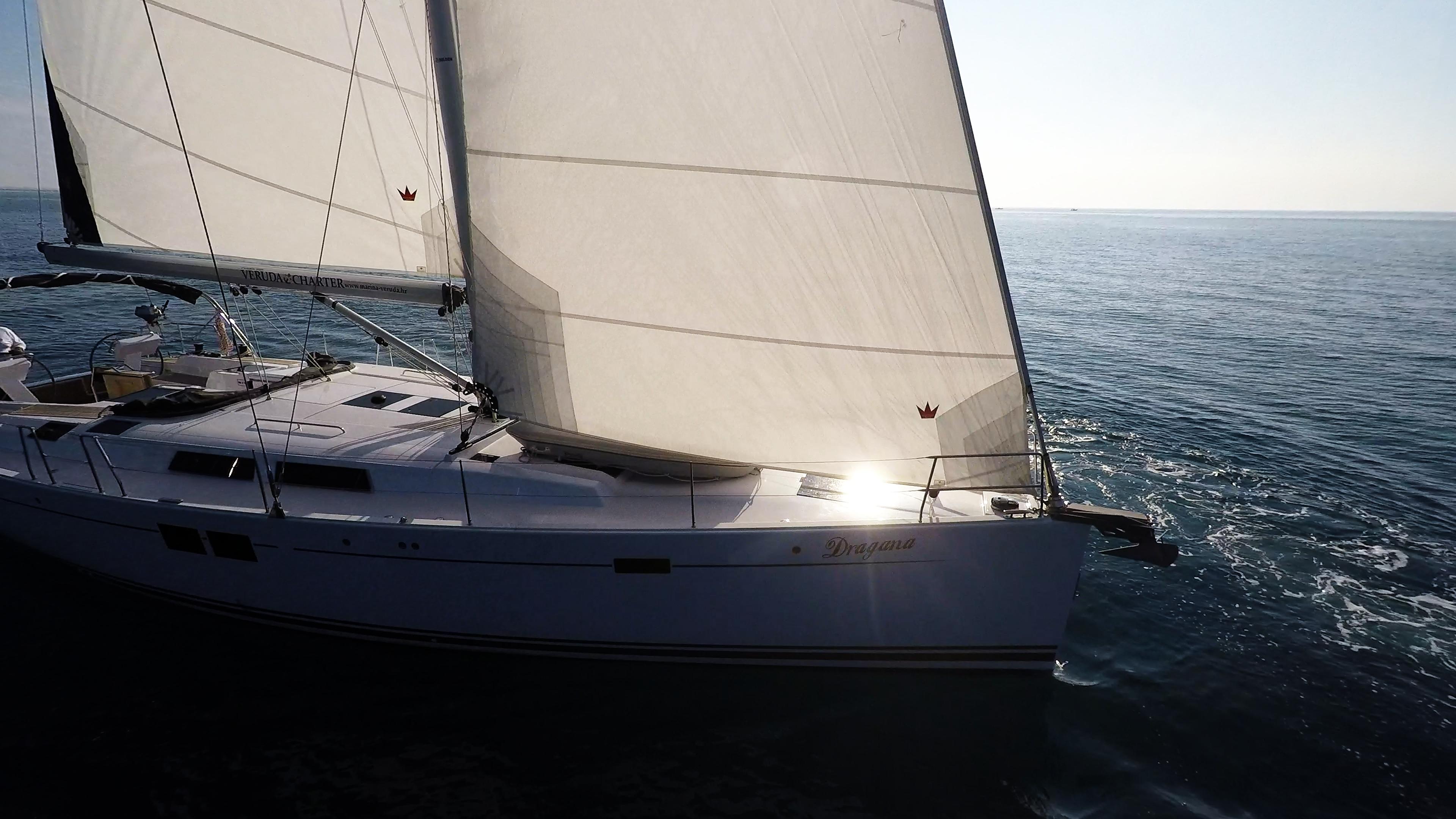barcha a vela barca a vela Hanse 505 prua vele
