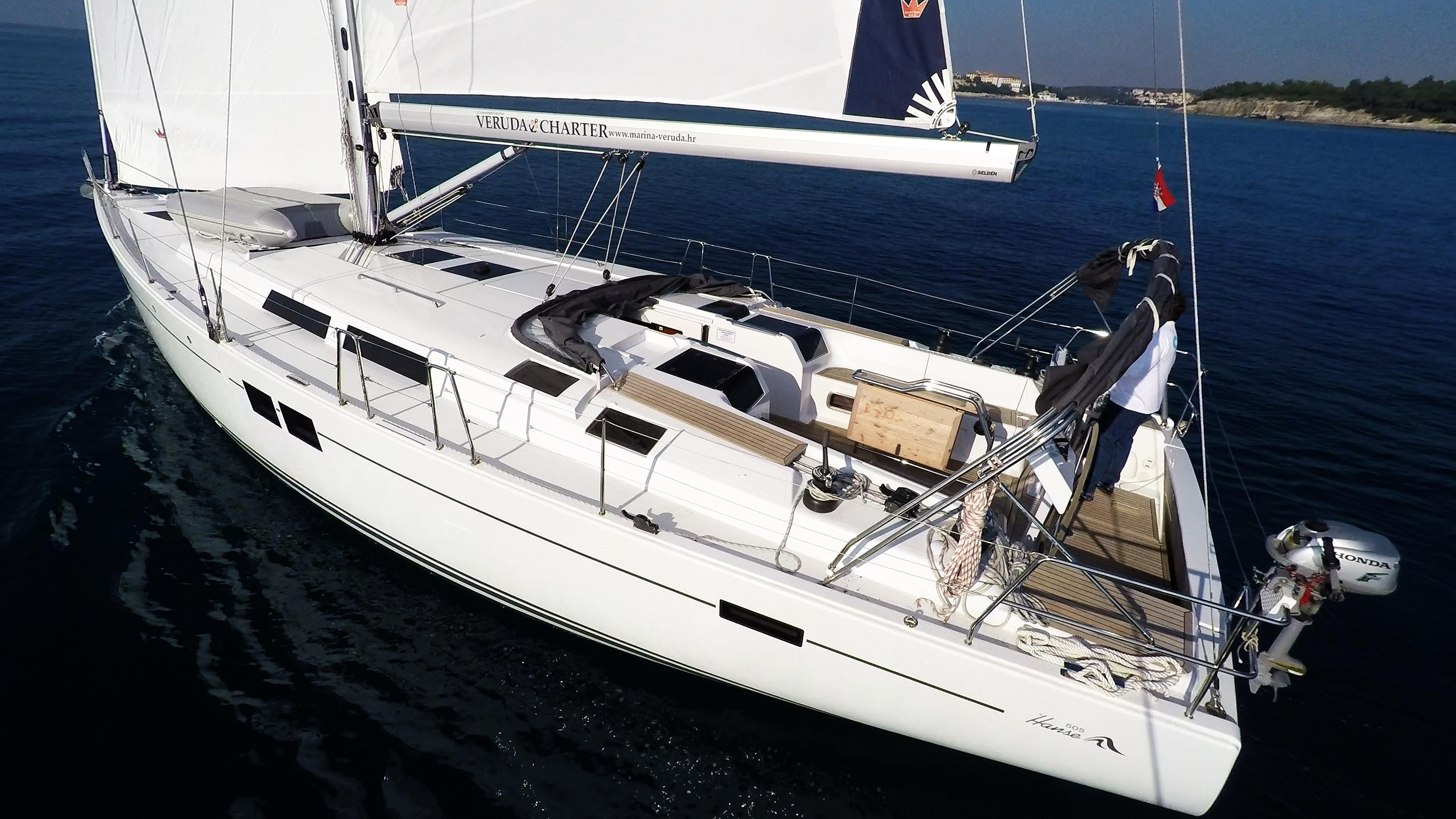 barcha a vela barca a vela Hanse 505 ponte pozzetto vele veleggiare