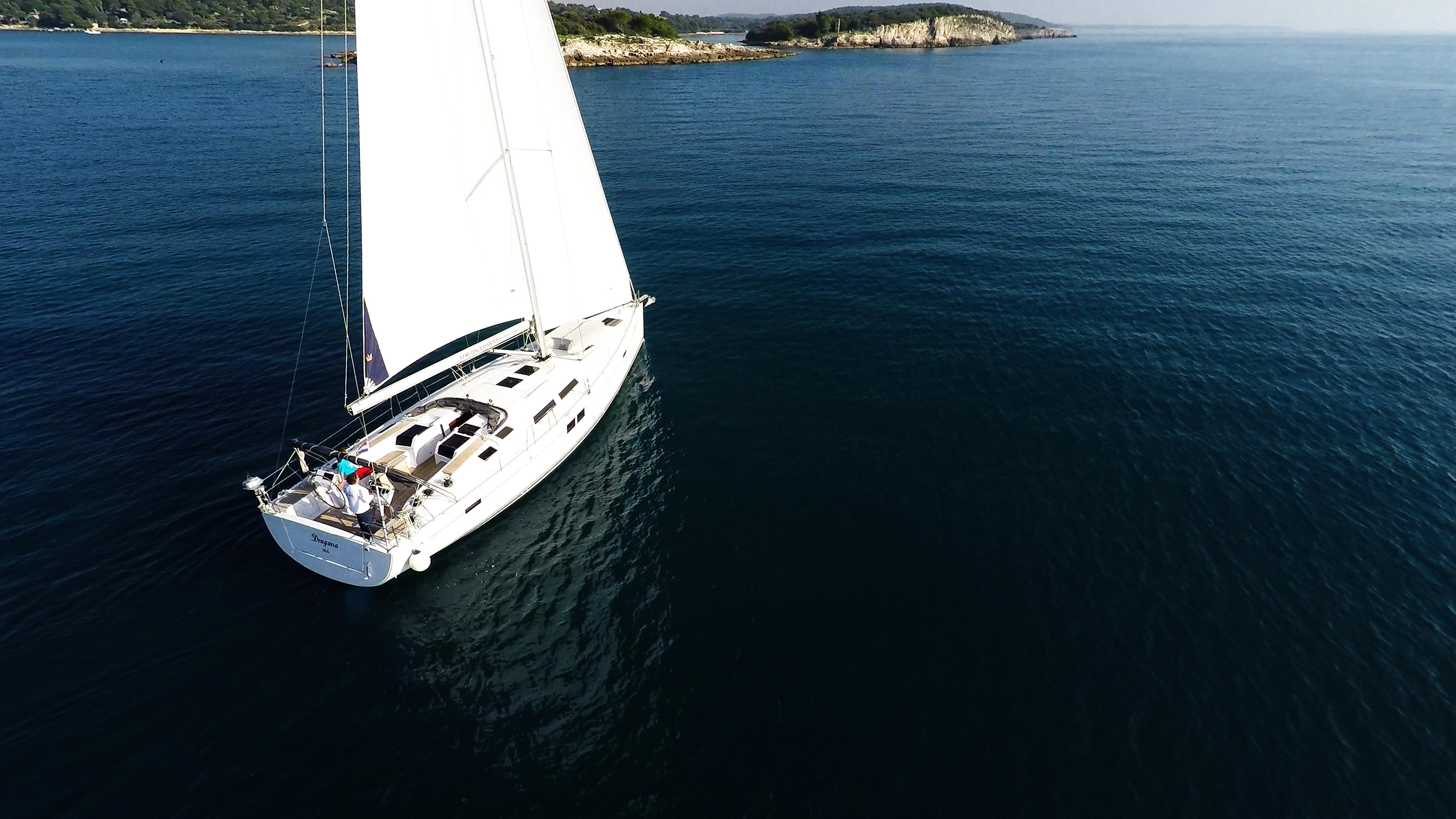 barcha a vela barca a vela veleggiare isole del mare blu vele yacht