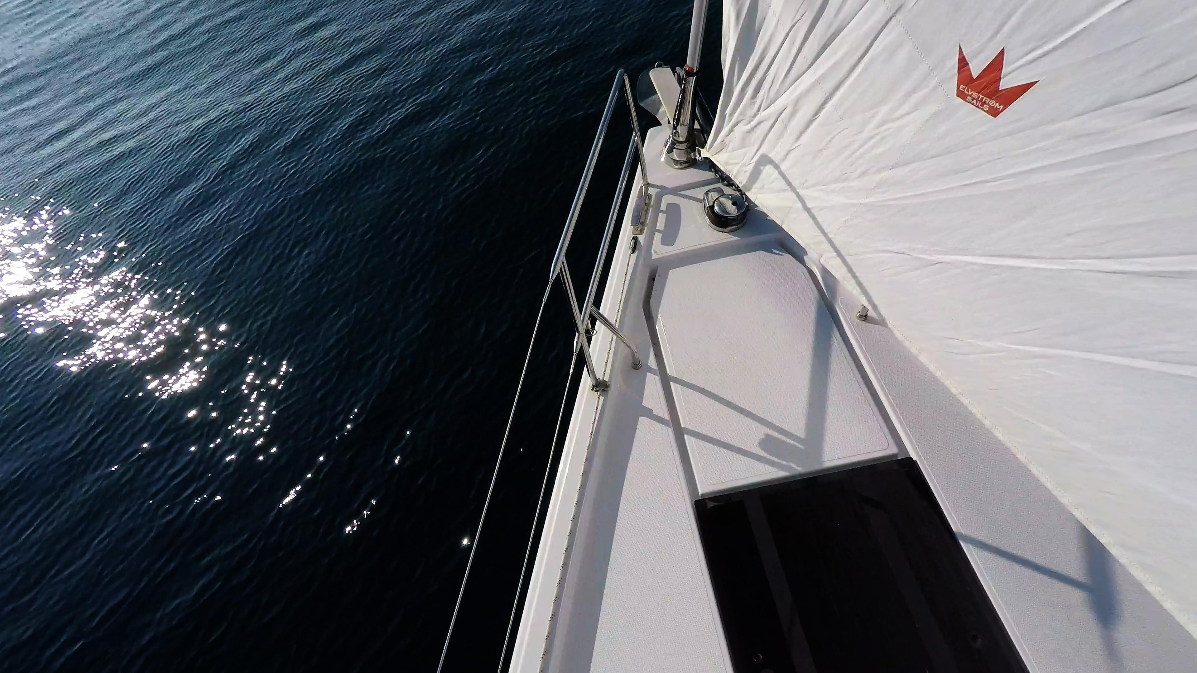 barcha a vela barca a vela prua ancora salpancora genova avvolgibile