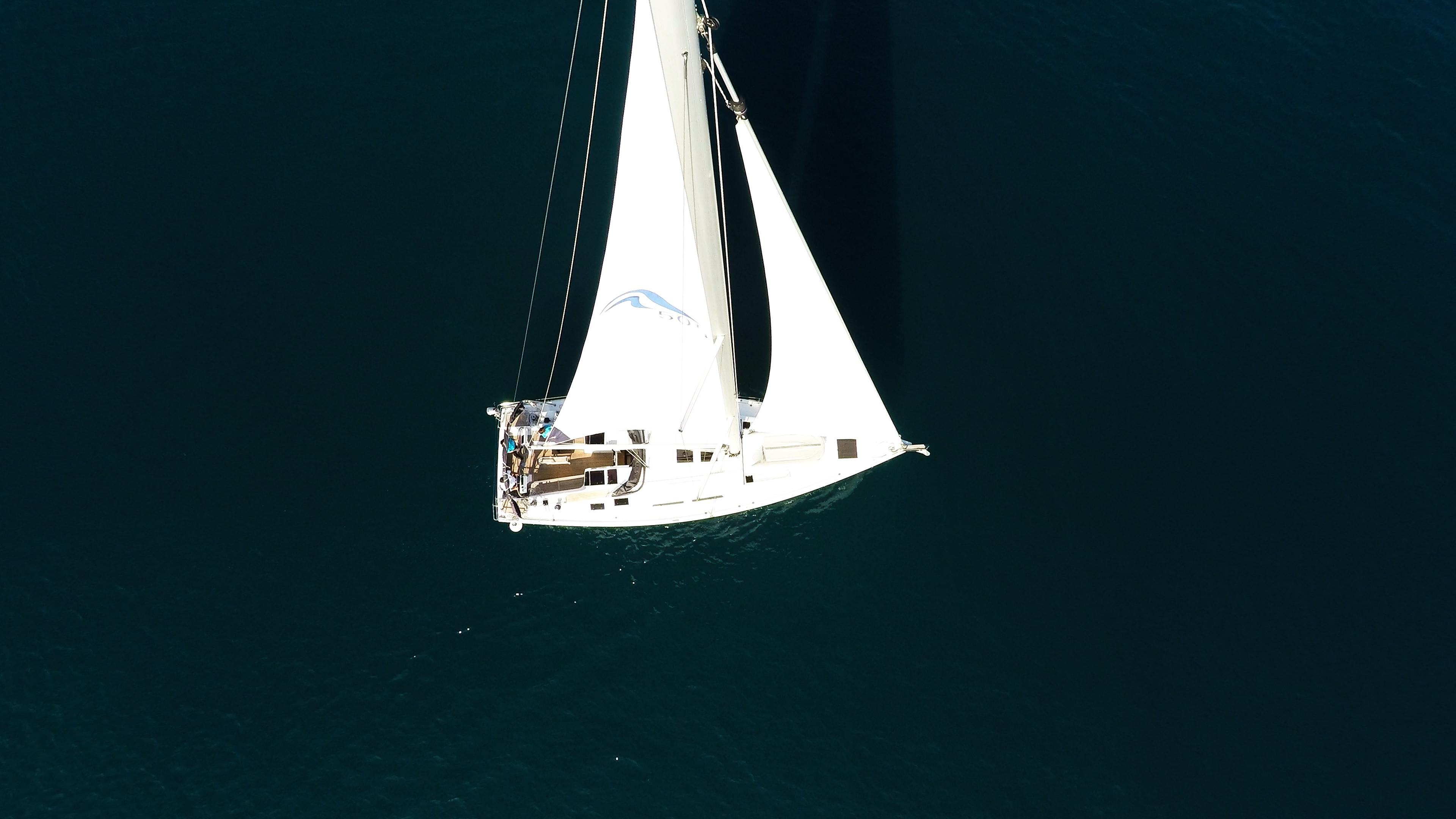 barcha a vela barca a vela Hanse 505 dall'aria vele vela principale genova