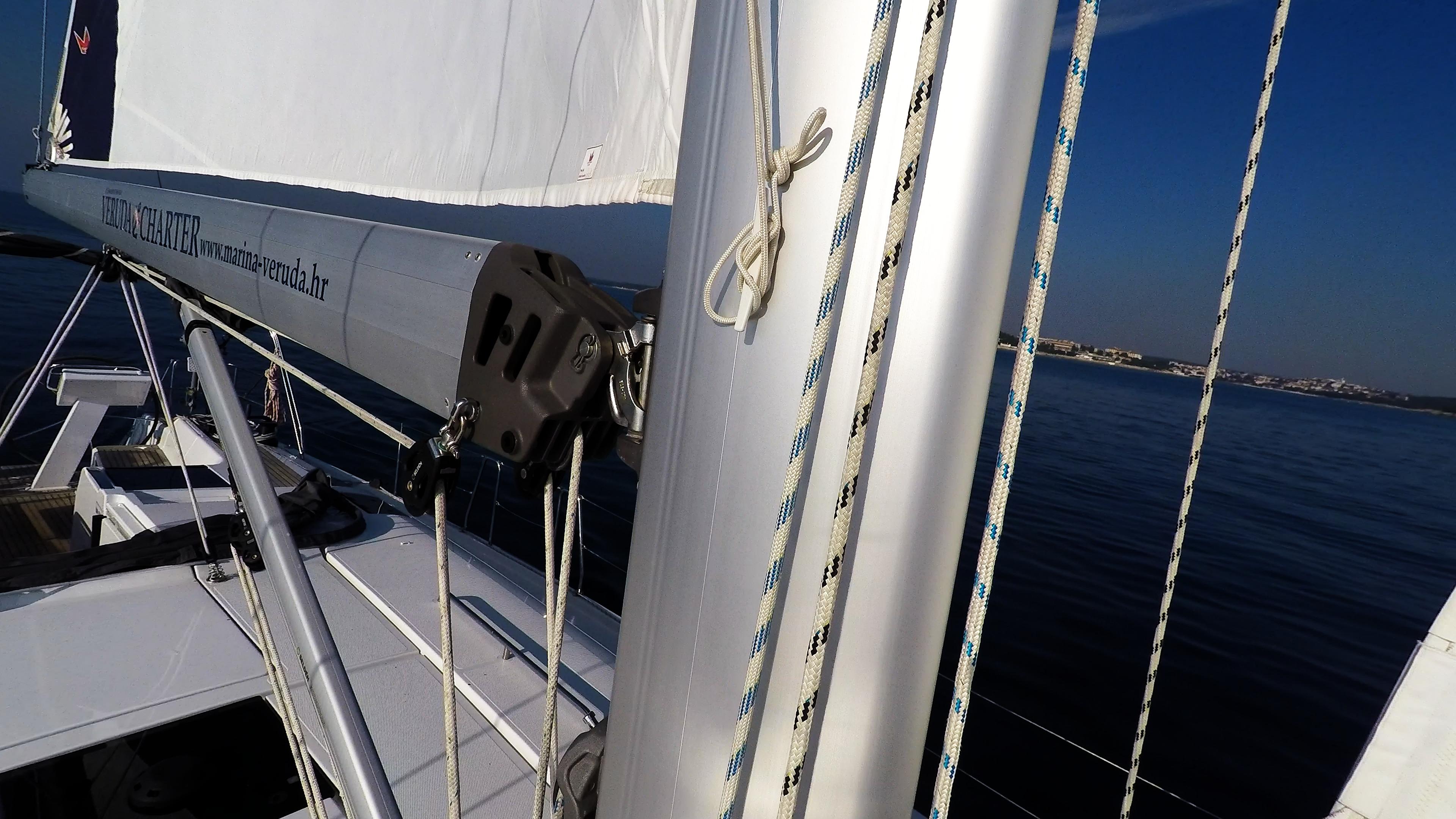 barcha a vela veleggiare vele barca a vela boma albero vang Hanse 505 corde