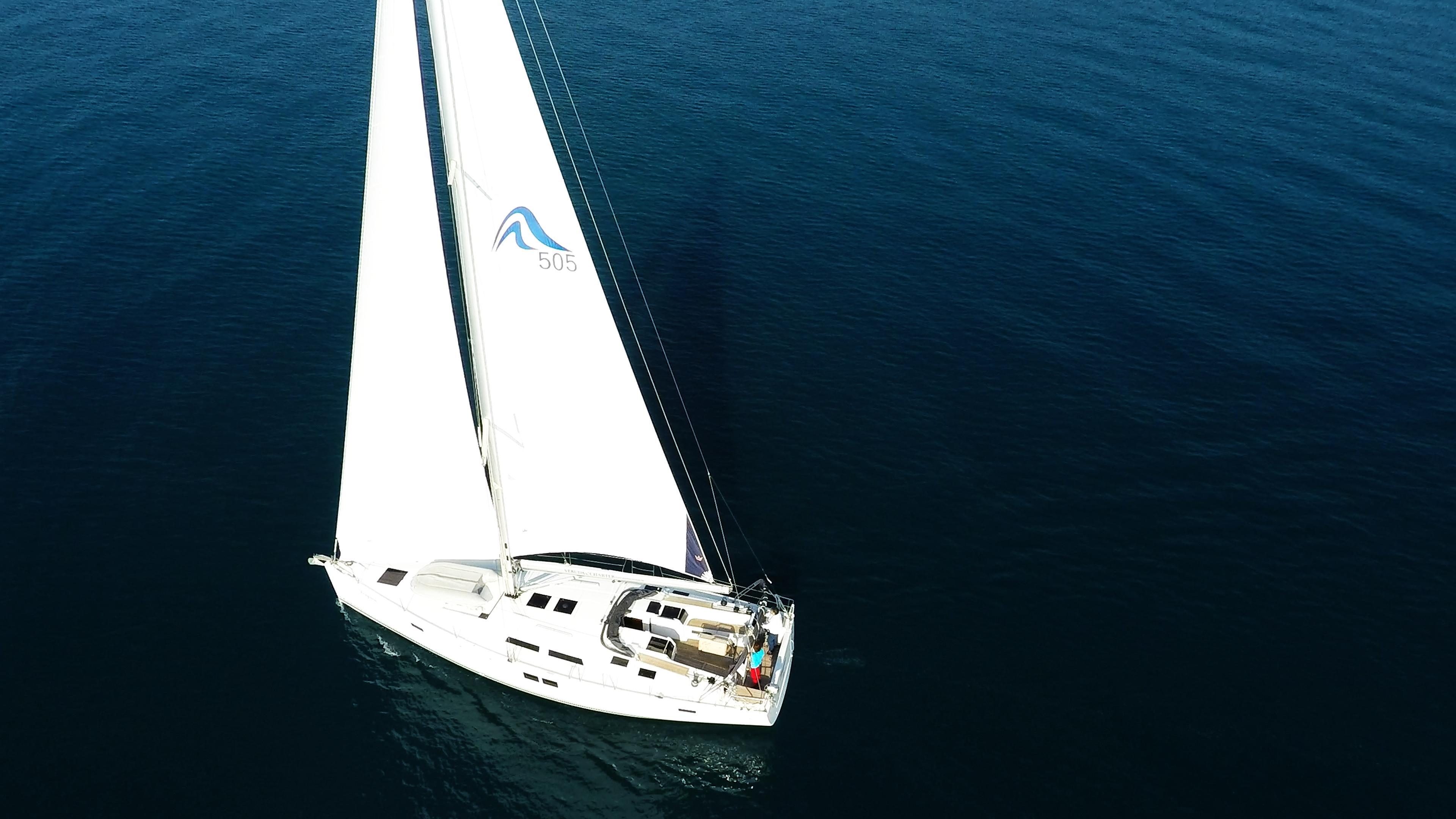barcha a vela yacht a vela aereo vista di uccello mare barca vela