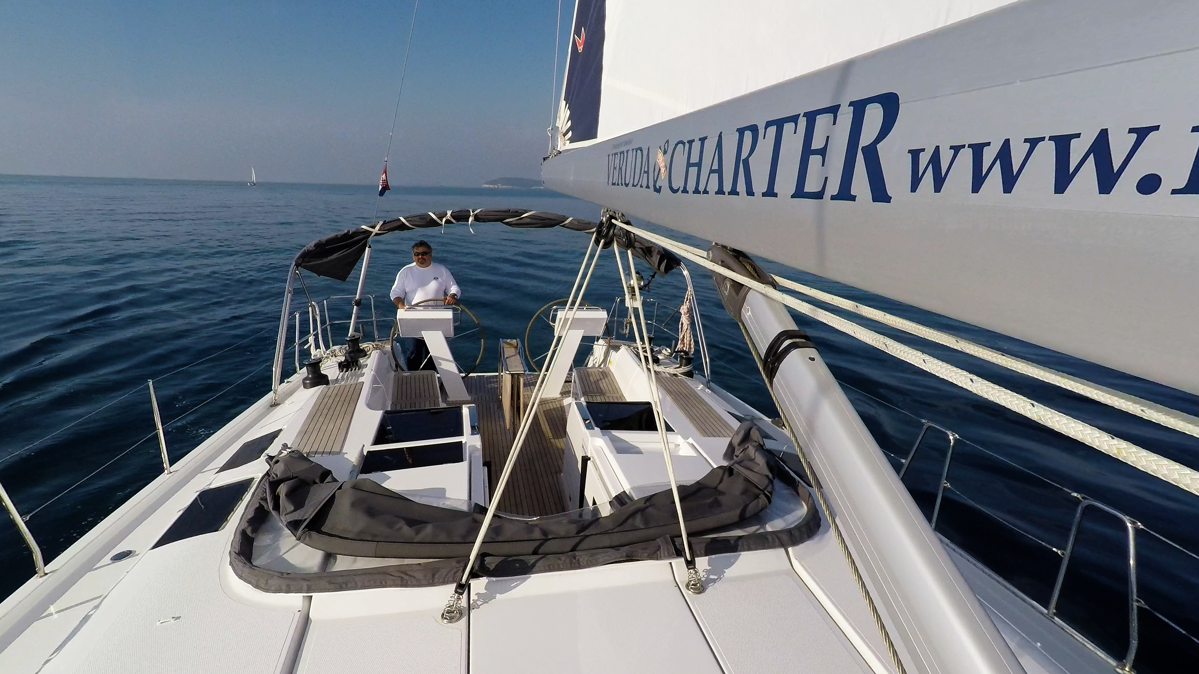 barcha a vela yacht a vela Hanse 505 boma vang vele barca a vela skipper timoni ruota teak pozzetto