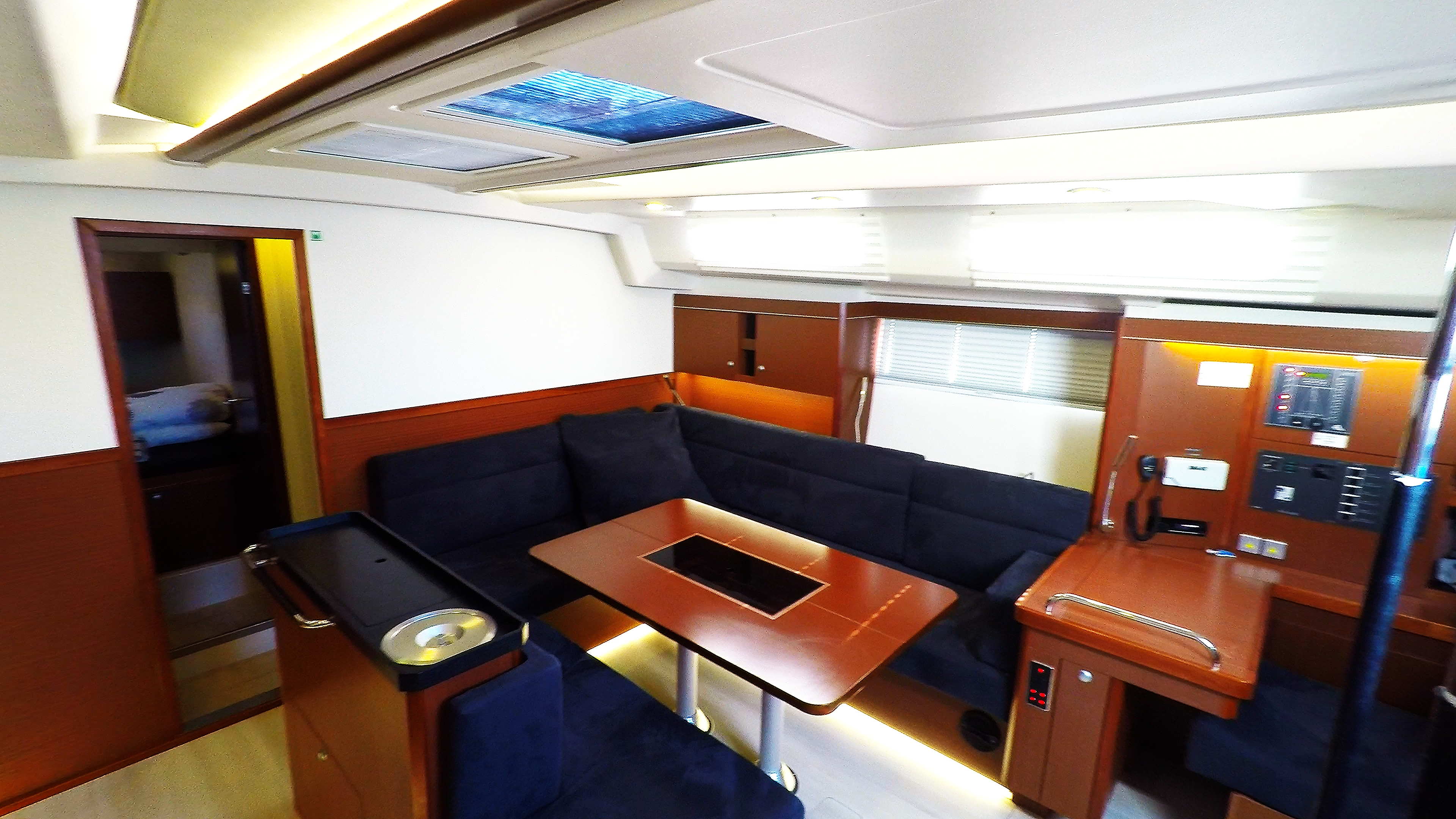 barcha a vela yacht a vela Hanse 505 salone banco di navigazione