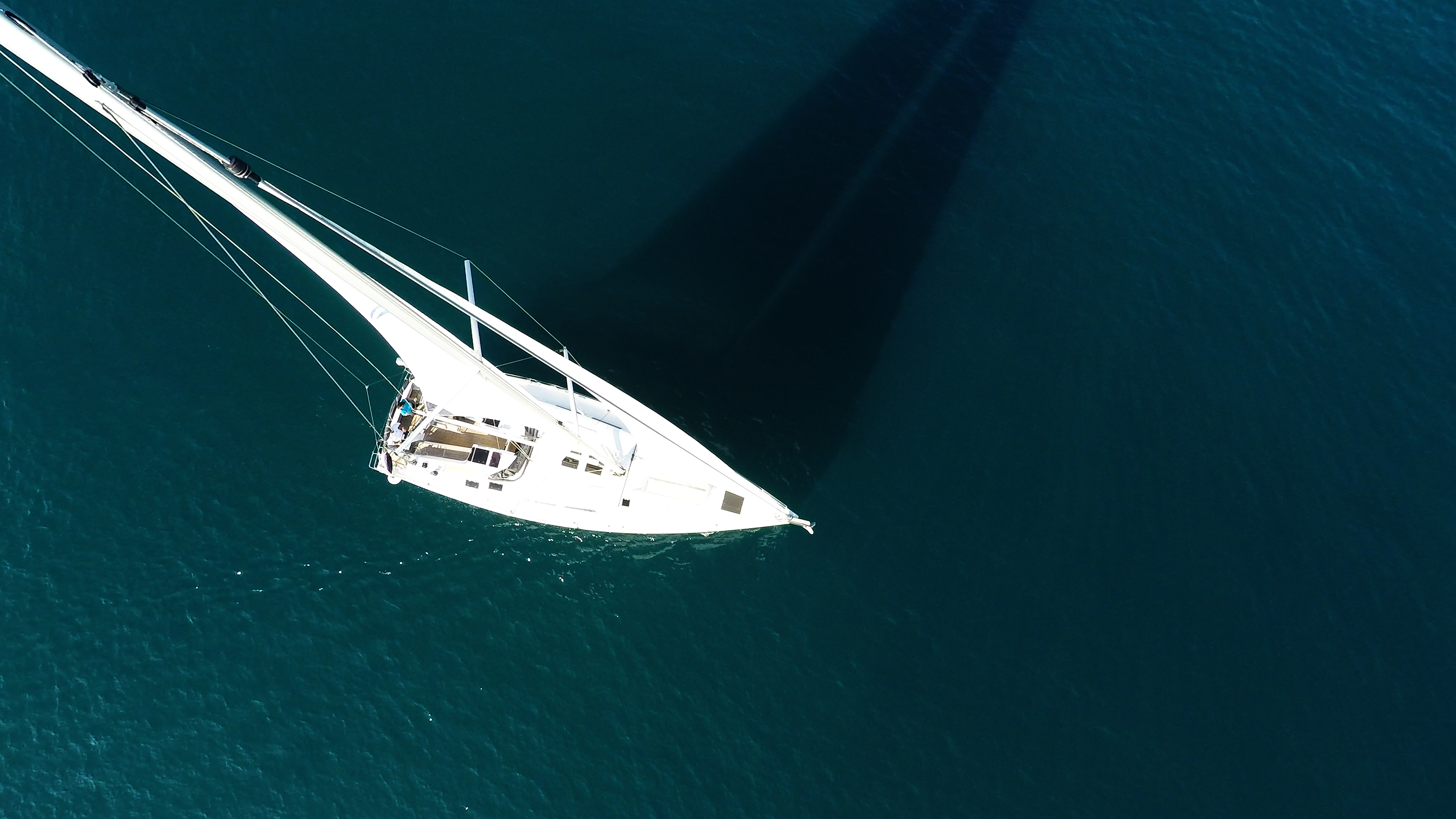 barcha a vela vele di yacht a vela