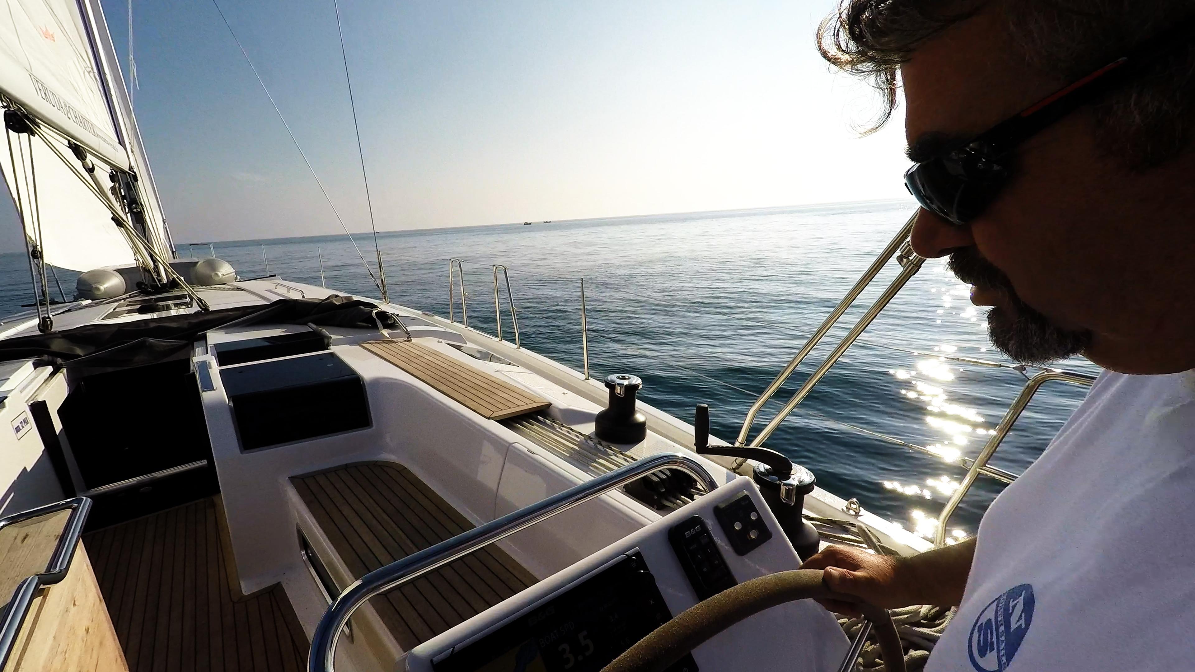 barcha a vela skipper barca a vela pozzetto teak yacht a vela Hanse 505