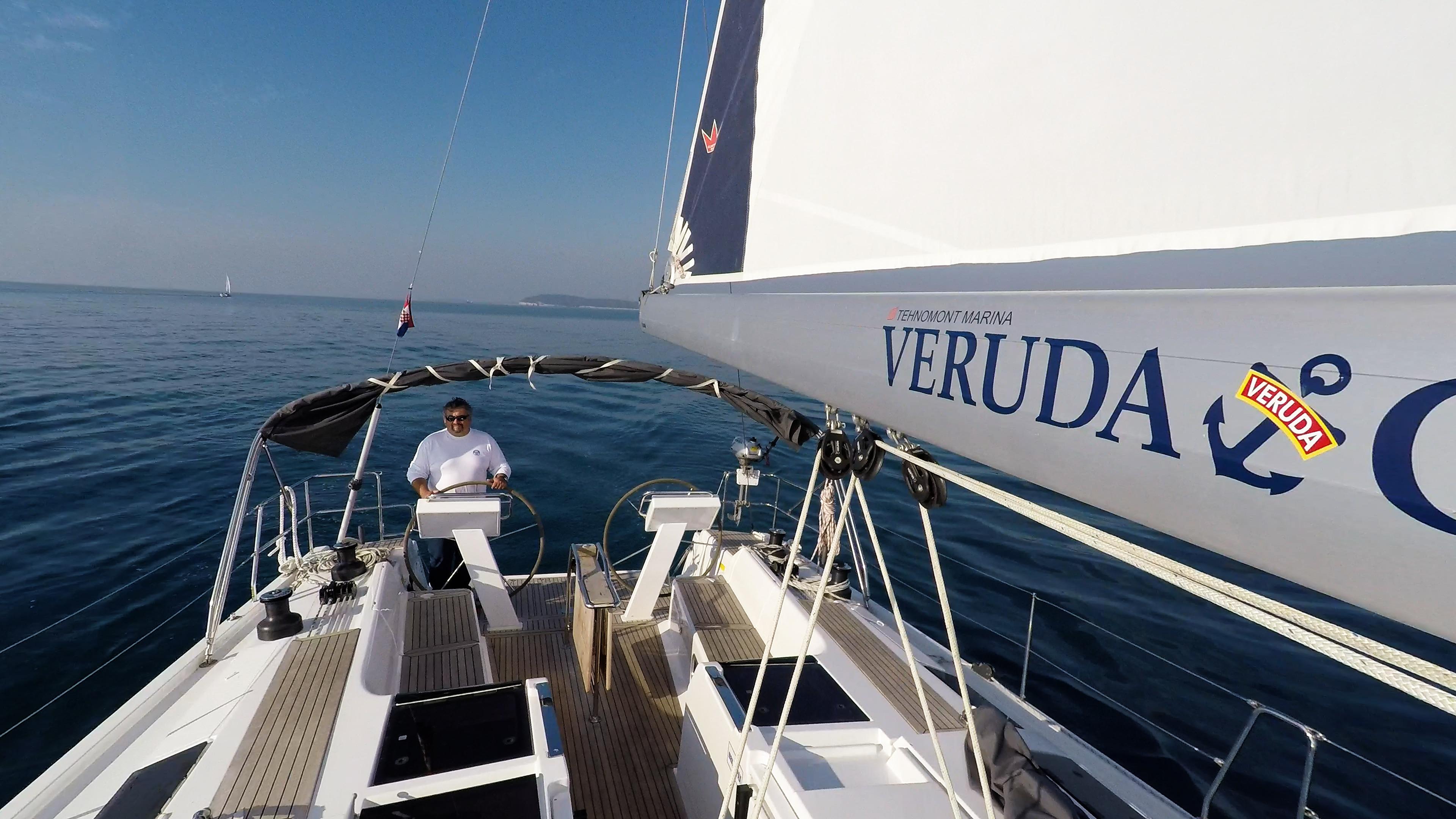 barcha a vela skipper yacht a vela Hanse 505 boma randa pozzetto timoni ruota