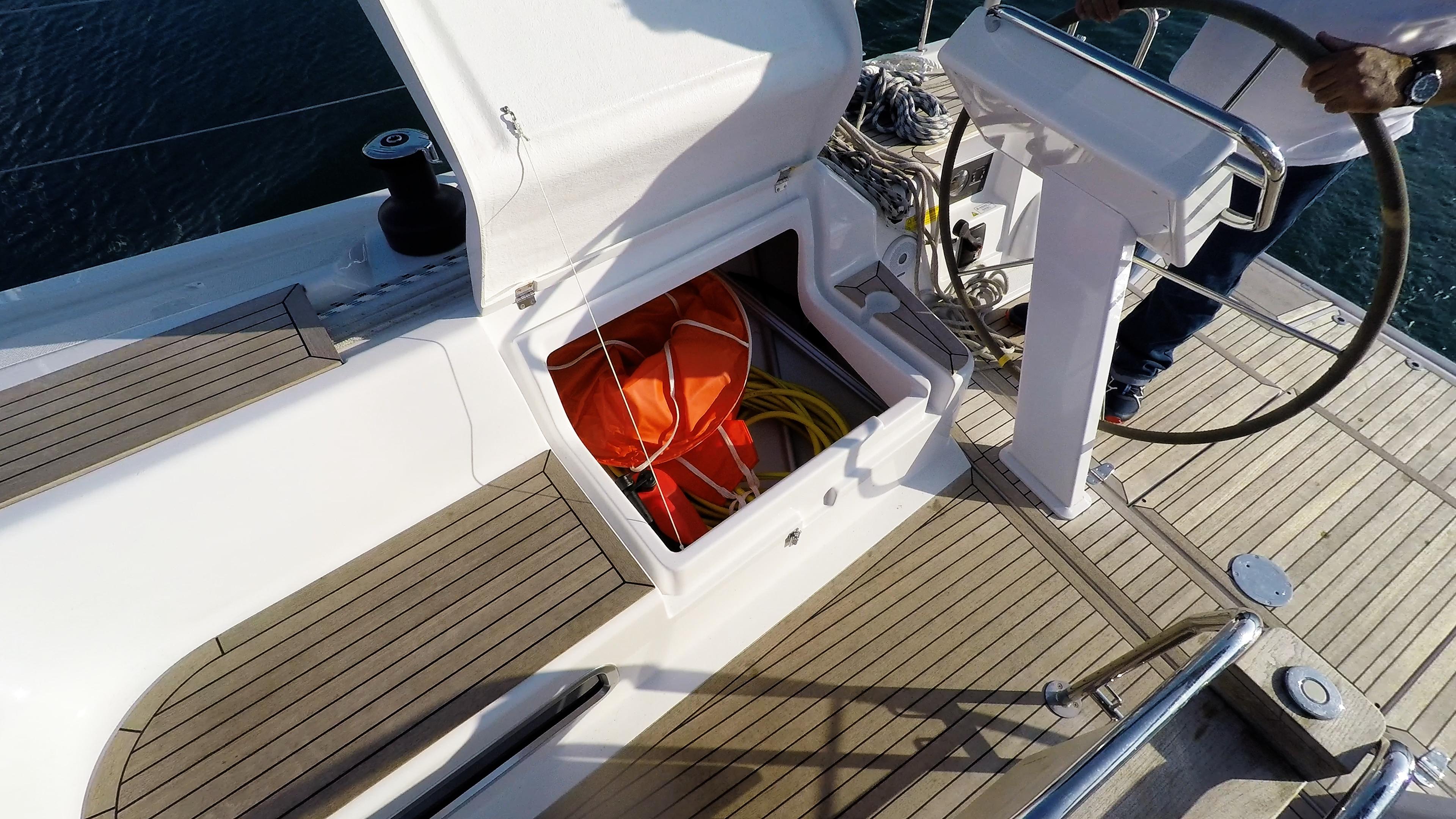 barcha a vela gavone ponte pozzetto yacht a vela Hanse 505
