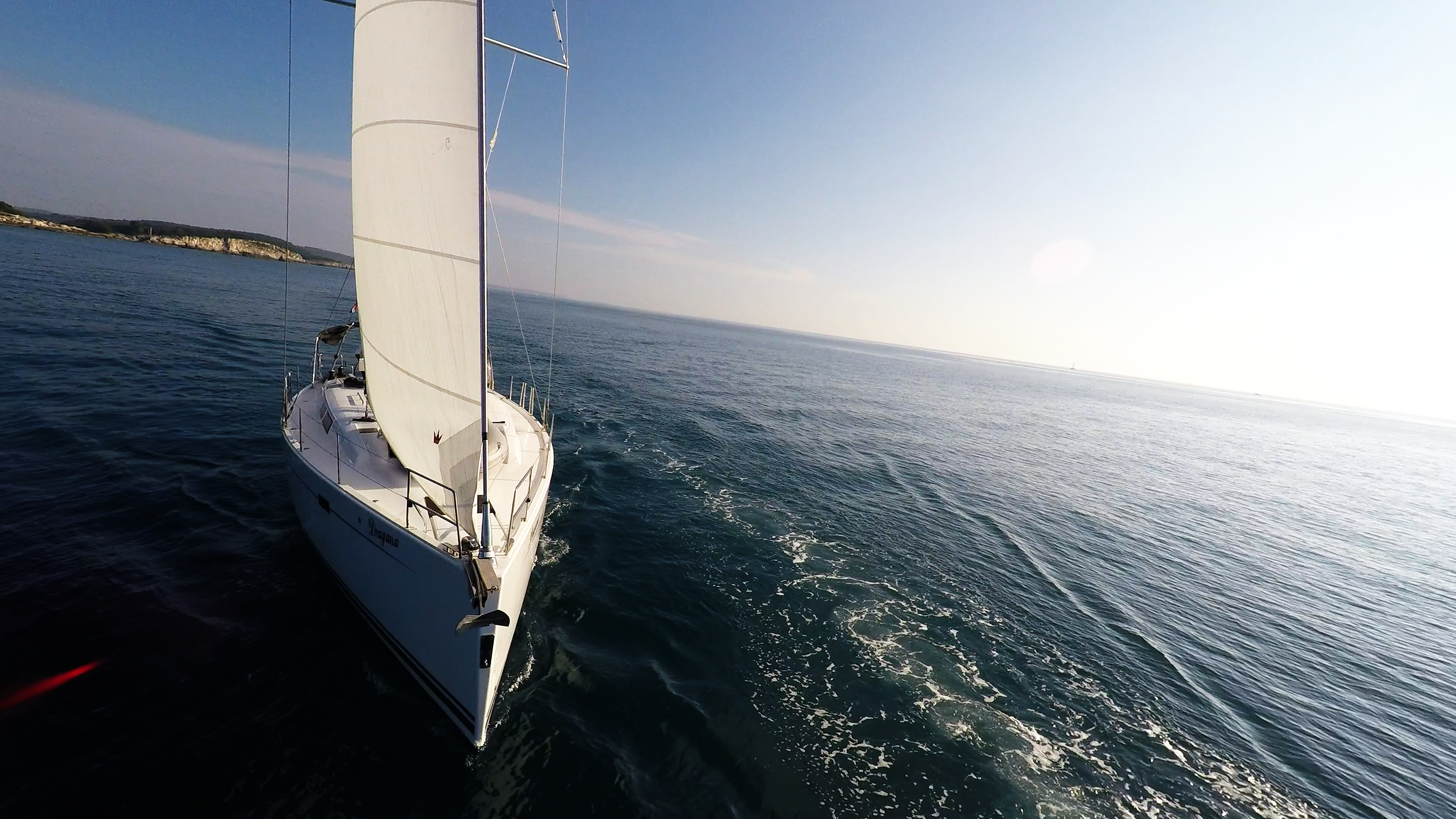 barcha a vela sole vele prua yacht a vela